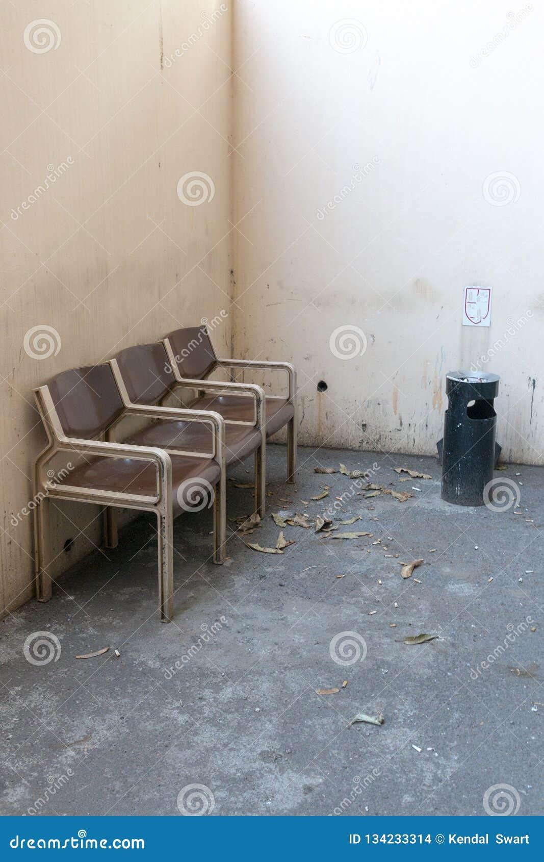 Una zona de fumadores exterior