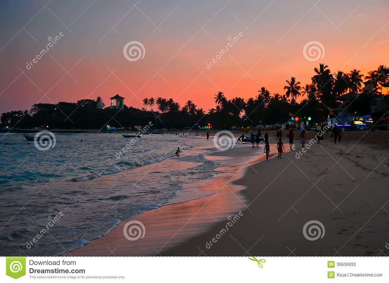 Unawatuna beach at dawn