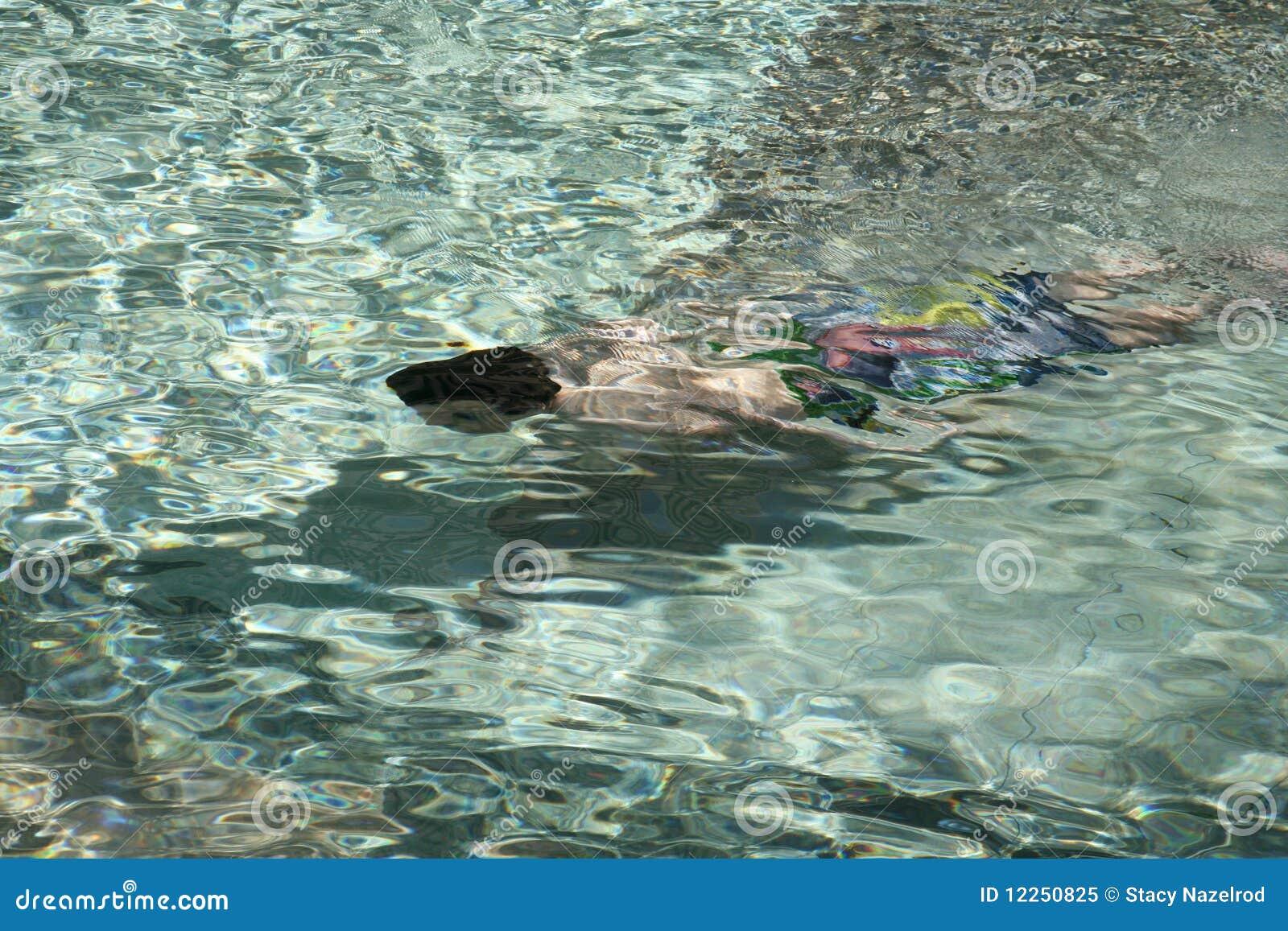 Undervattens- barnsimning