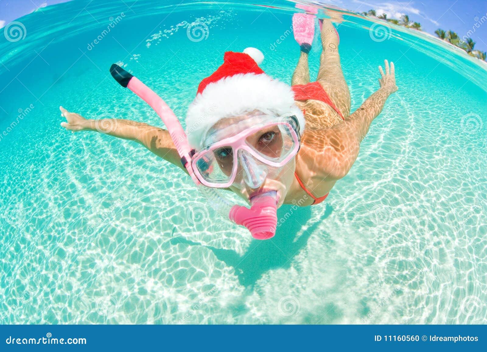 Undervattens- kvinna för jul