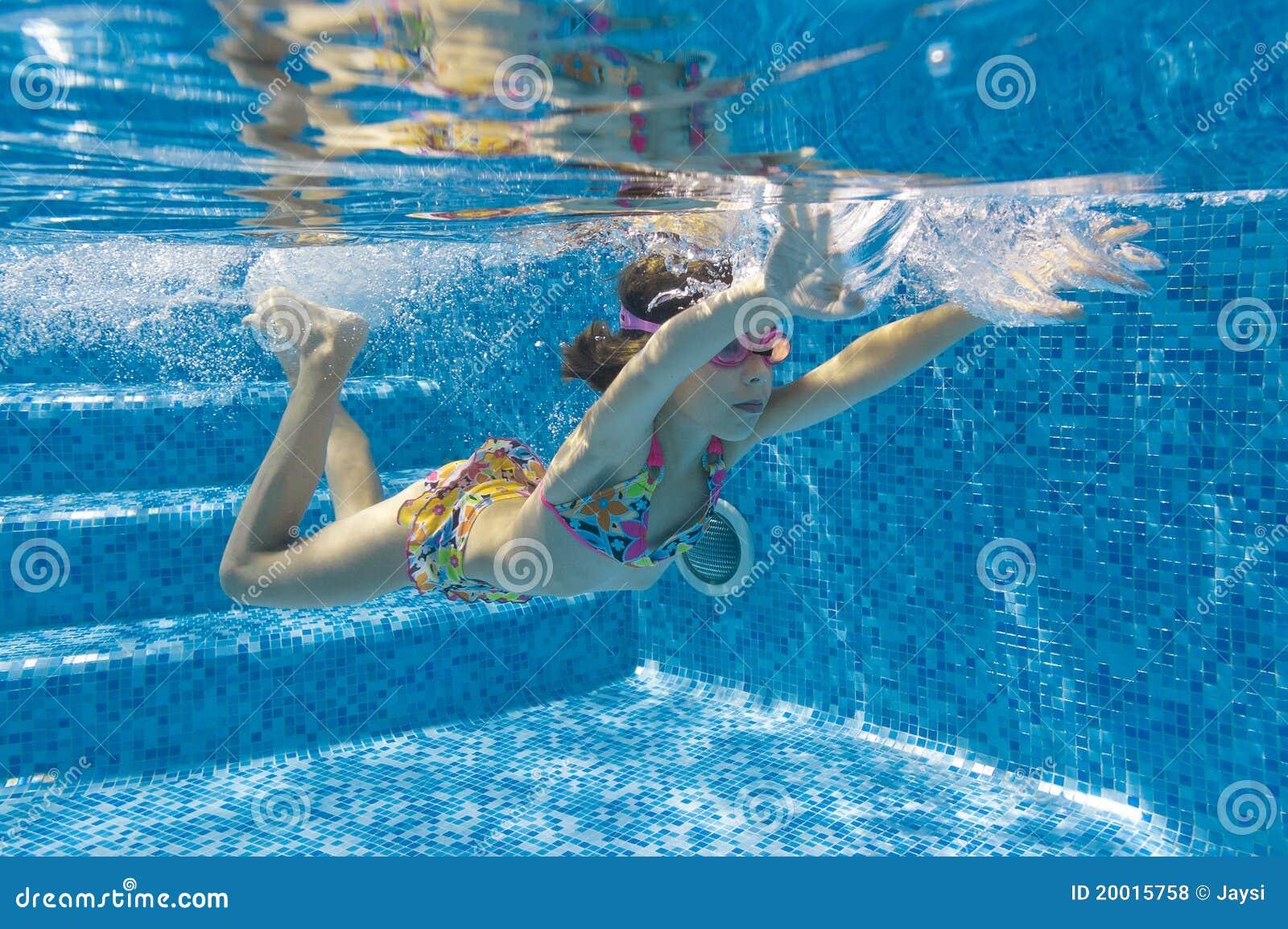 Underwater Kid In Swimming Pool Royalty Free Stock Photos Image 20015758
