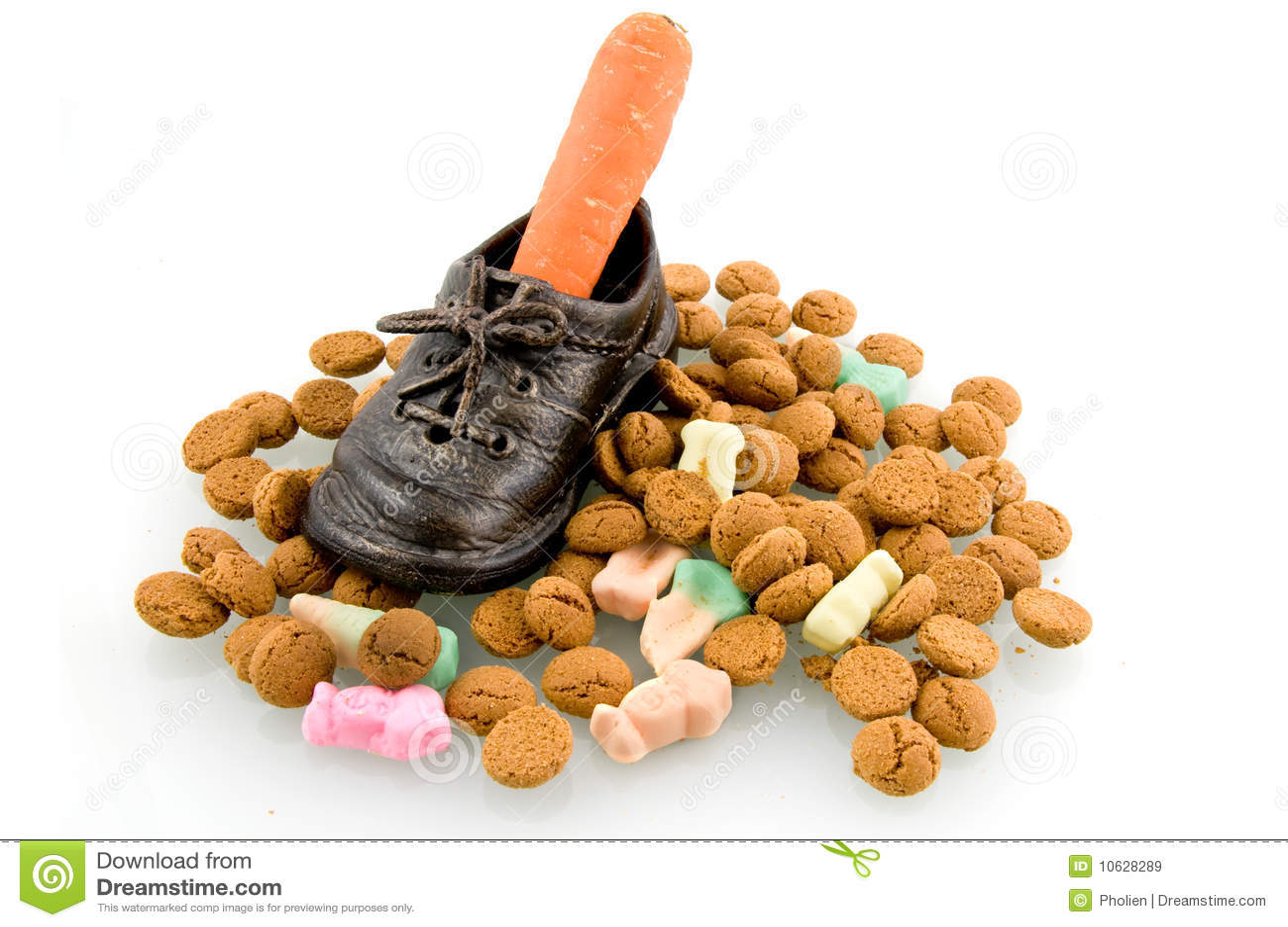 Une chaussure avec le raccord en caoutchouc et la sucrerie de Sinterklaas