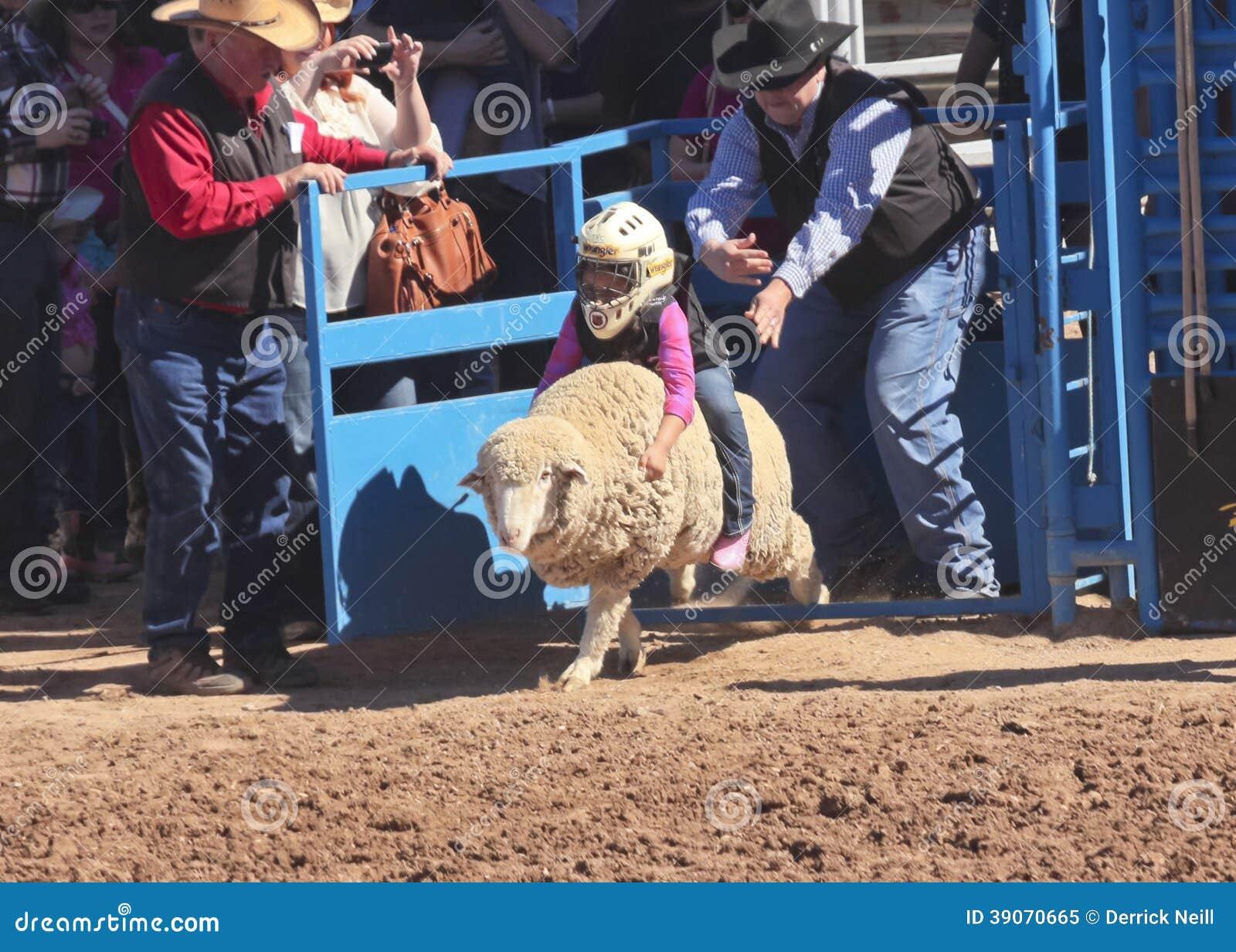 Une La Fiesta De Los Vaqueros Junior Rodeo
