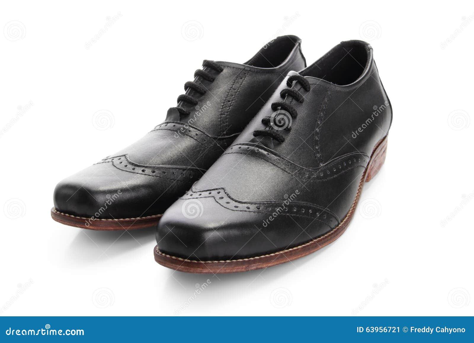 new style 348fe 8467f Une paire de chaussures en cuir noires pour l occasion formelle,  d isolement sur le fond blanc