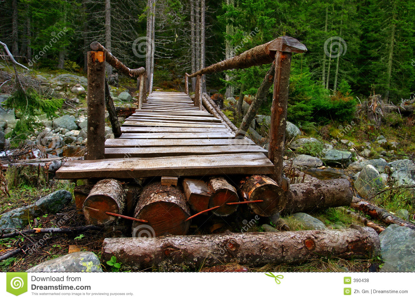 Une passerelle en bois