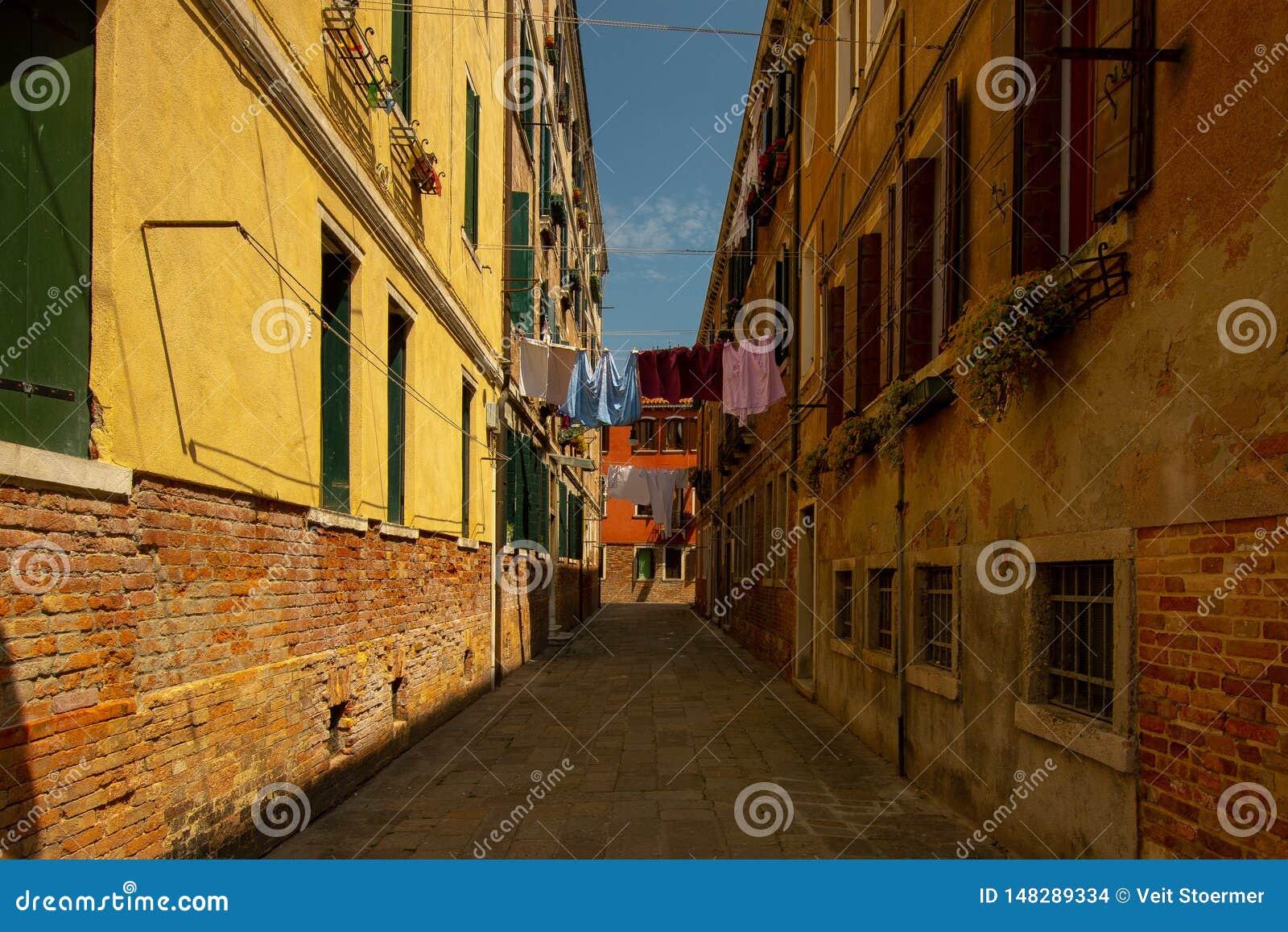 Une petite allée à Venise