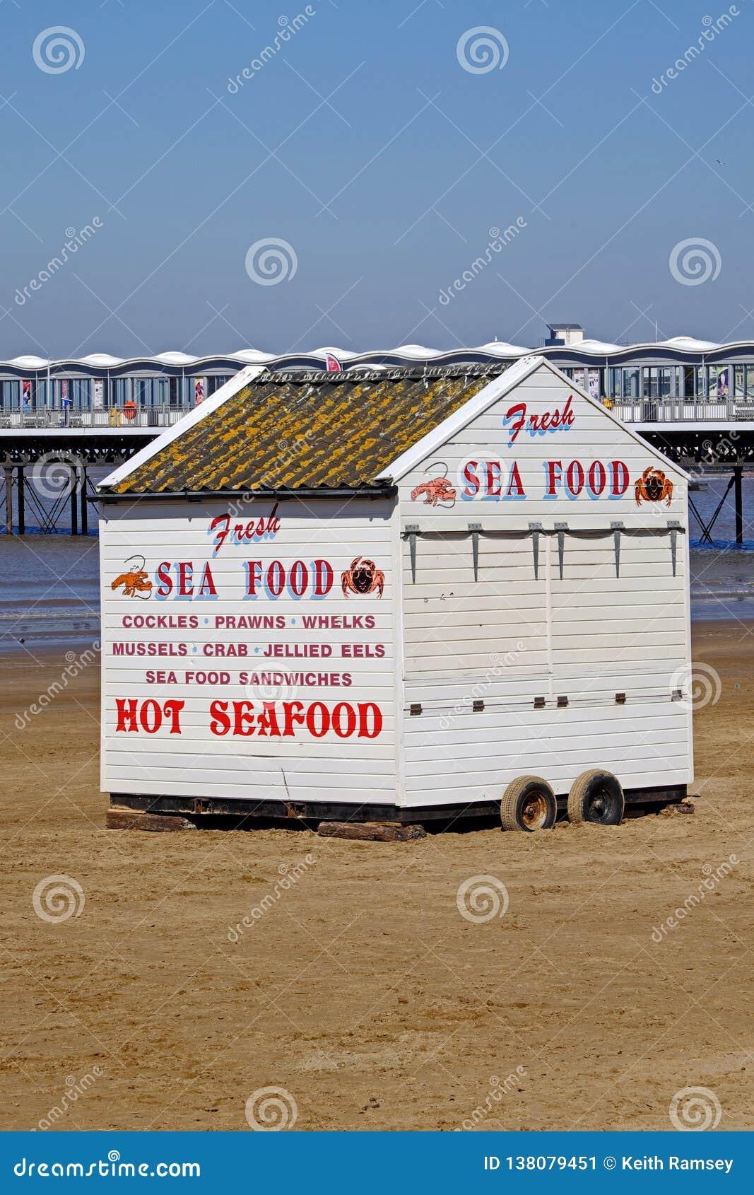 Une stalle vendant les fruits de mer frais