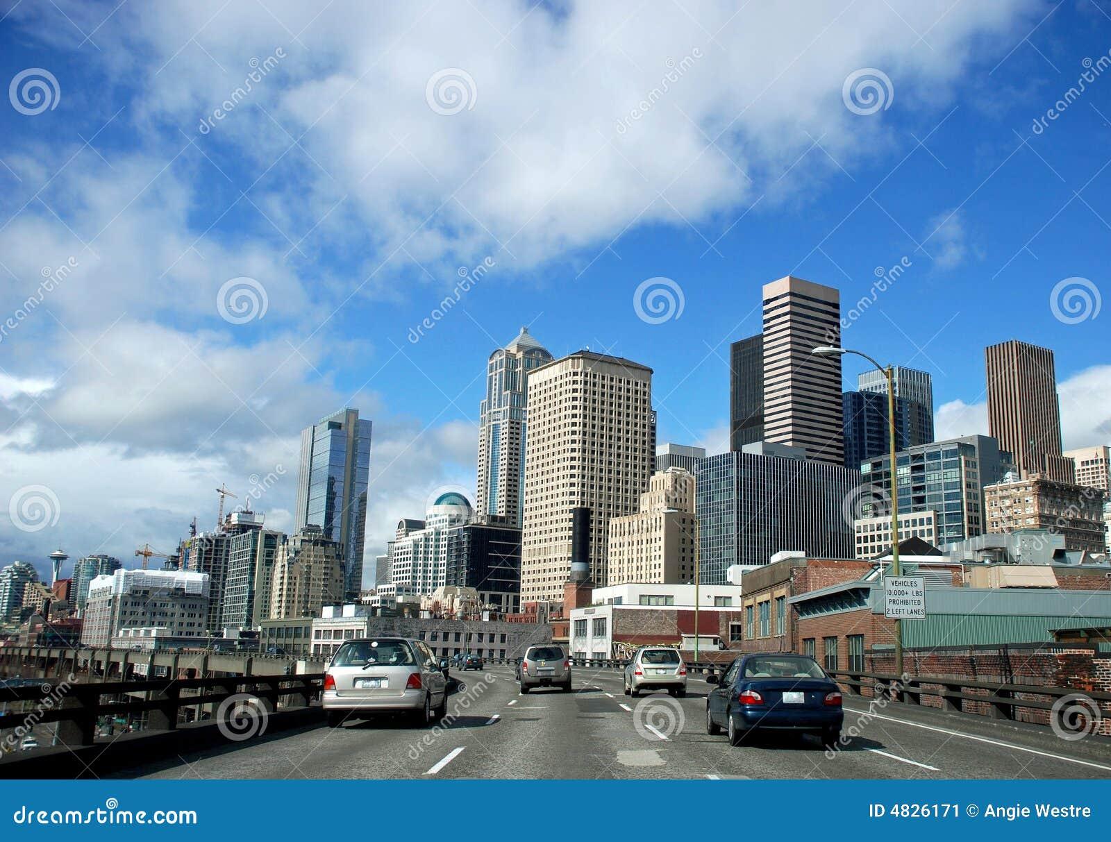 Une vitesse normale par la ville