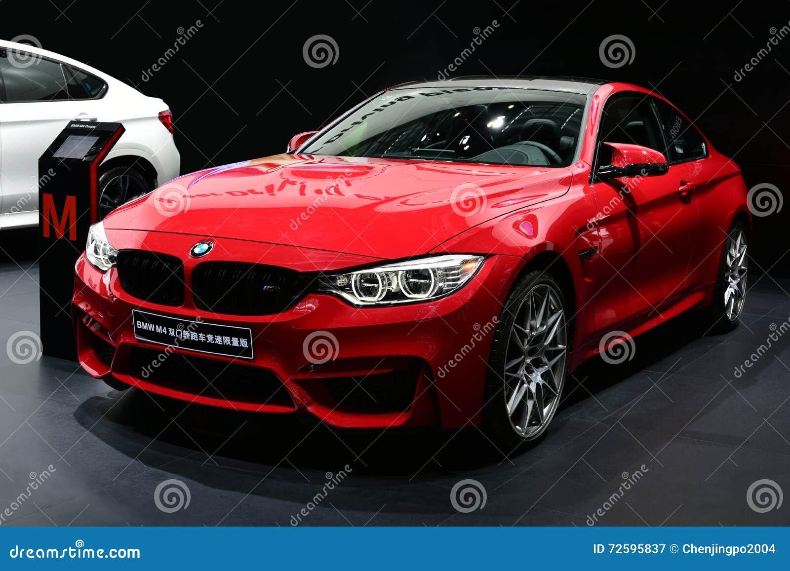 une voiture rouge de bmw m4 photographie ditorial image du luxe transport 72595837. Black Bedroom Furniture Sets. Home Design Ideas