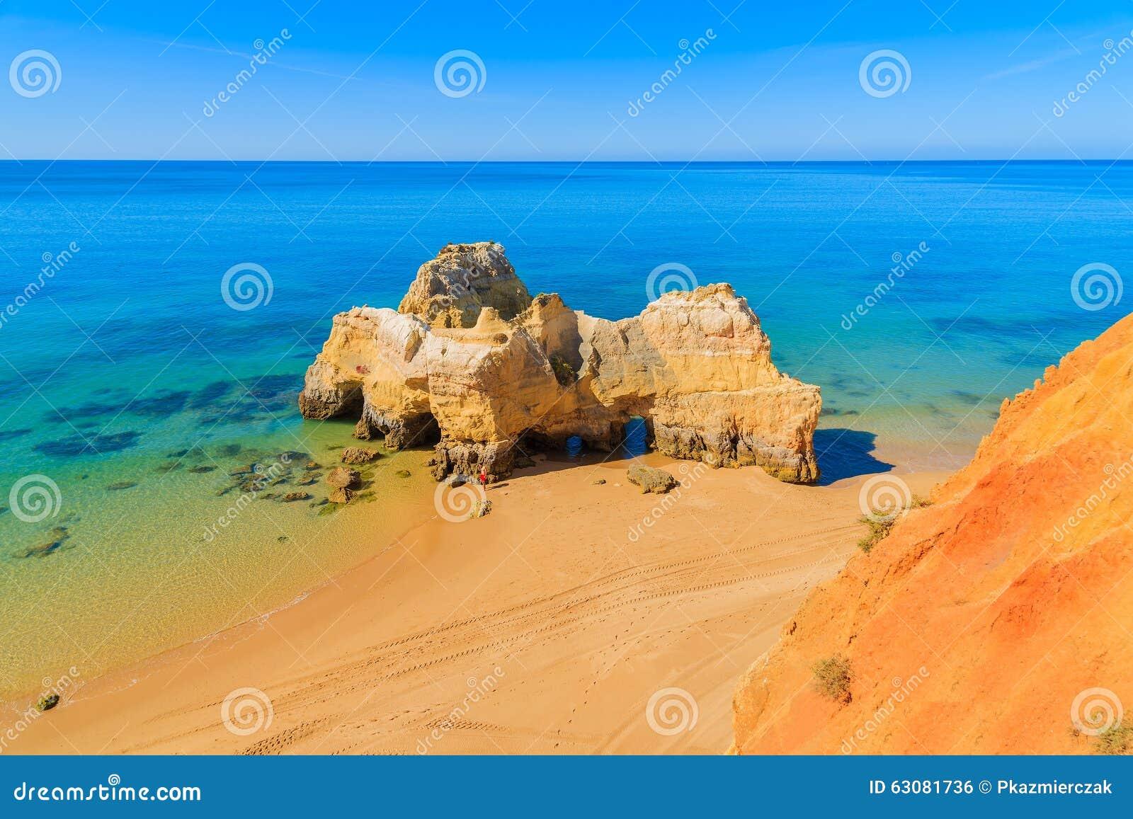 Download Une Vue D'une Plage Du DA Rocha De Praia Photo stock - Image du espagne, falaise: 63081736