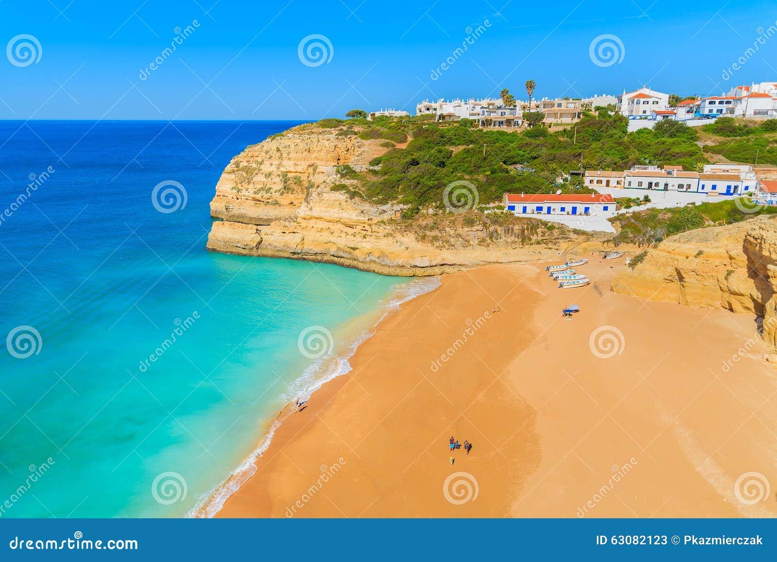 Download Une Vue De Plage De Benagil Image stock - Image du seaside, bleu: 63082123