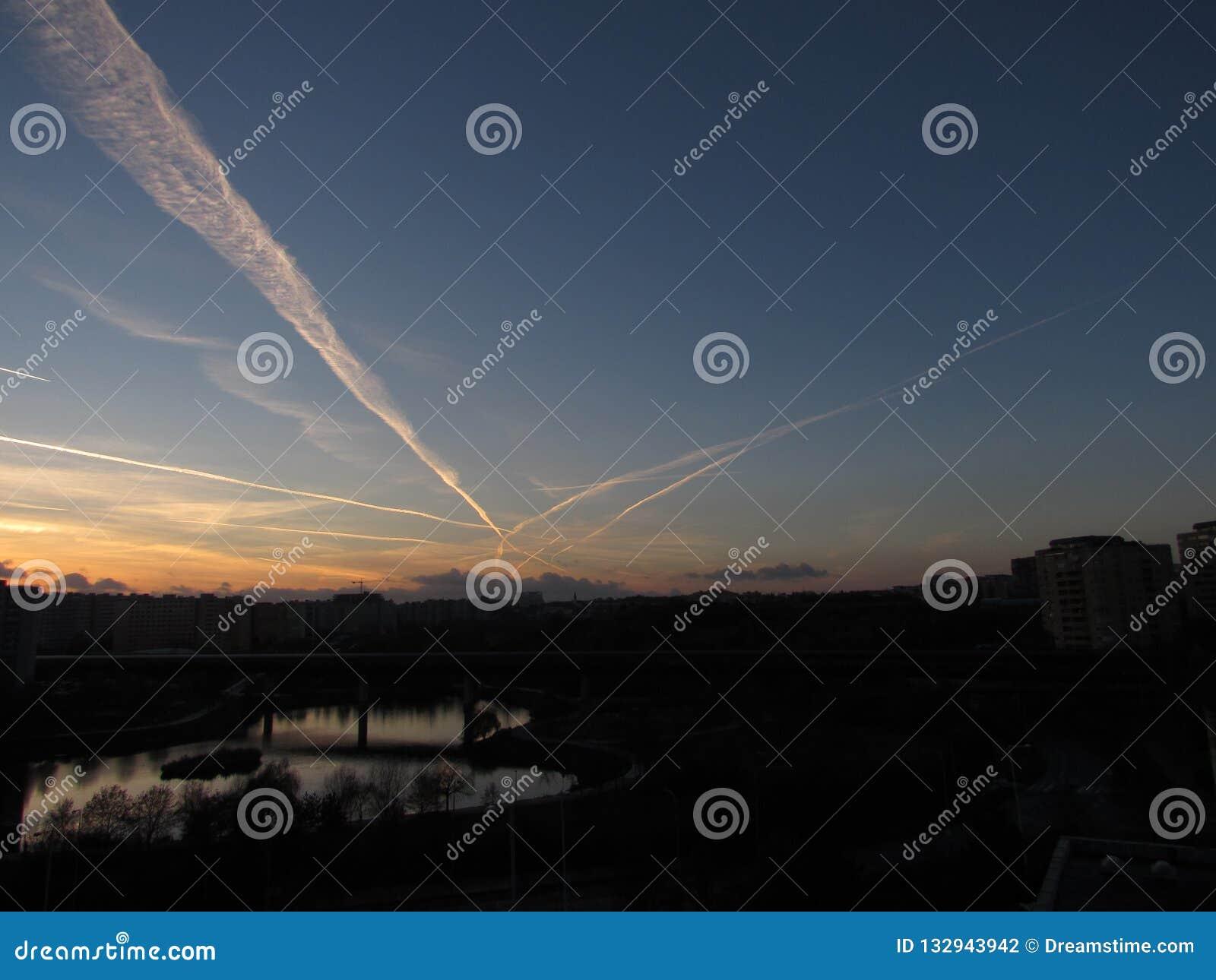 Une vue du coucher du soleil