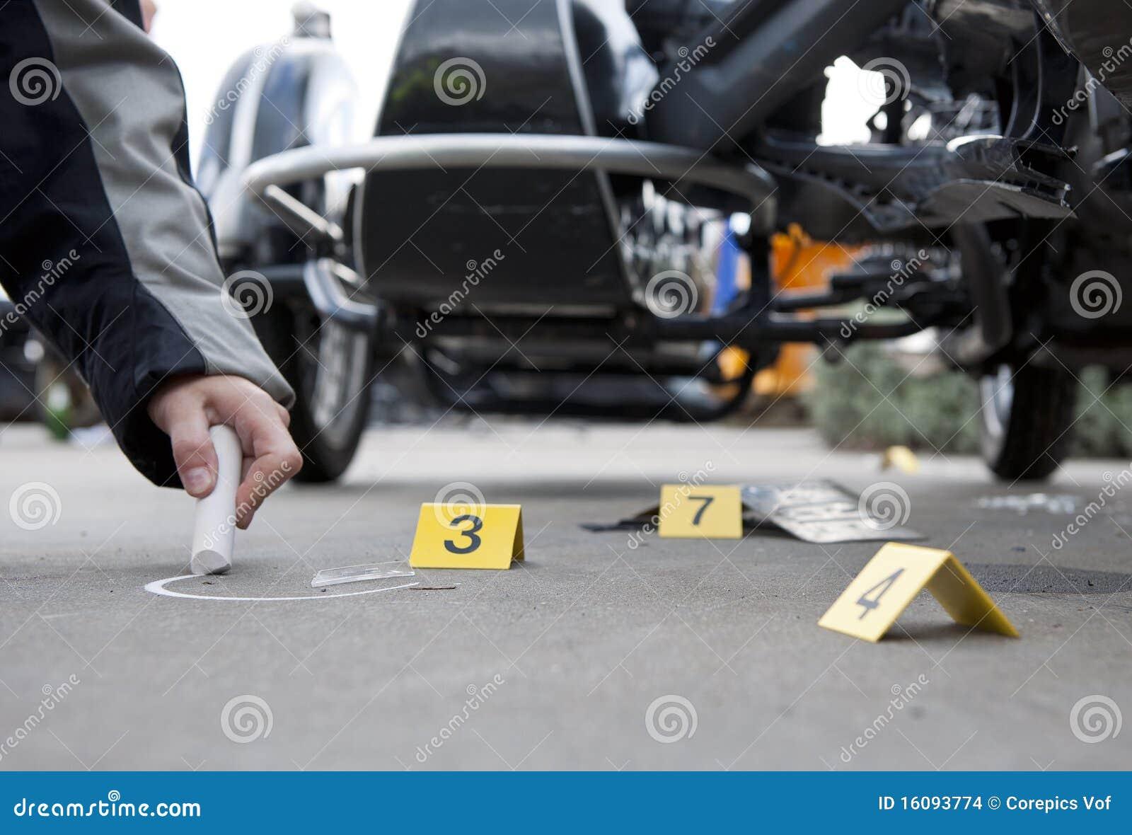 Unfall-Kriminalistik stockfoto. Bild von beweis, beschädigt - 16093774