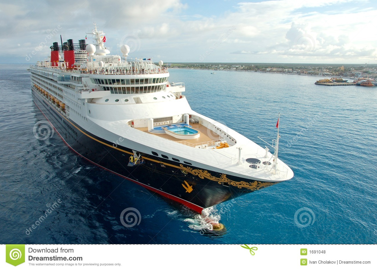 Unforgettable vacation on board modern cruise liner