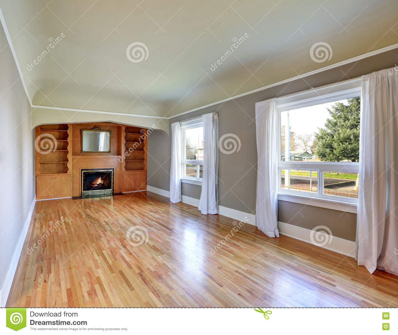 Unfurnished Living Room Interior In Old Craftsman House Royalty Free Stock  Photo