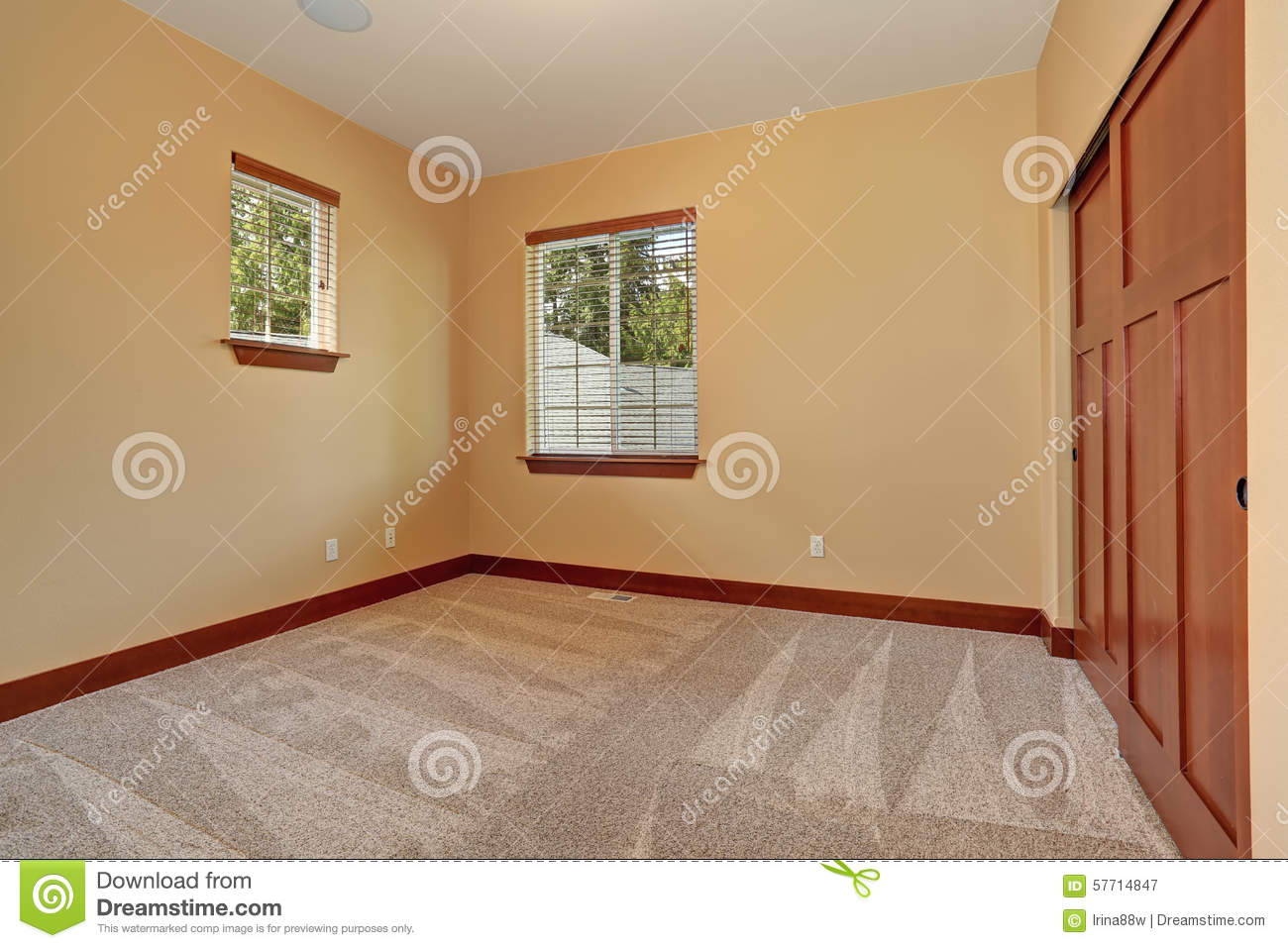 Perfect Unfurnished Room With Beige Interior Paint. Stock Image   Image Of Real,  Remodeled: 57714847
