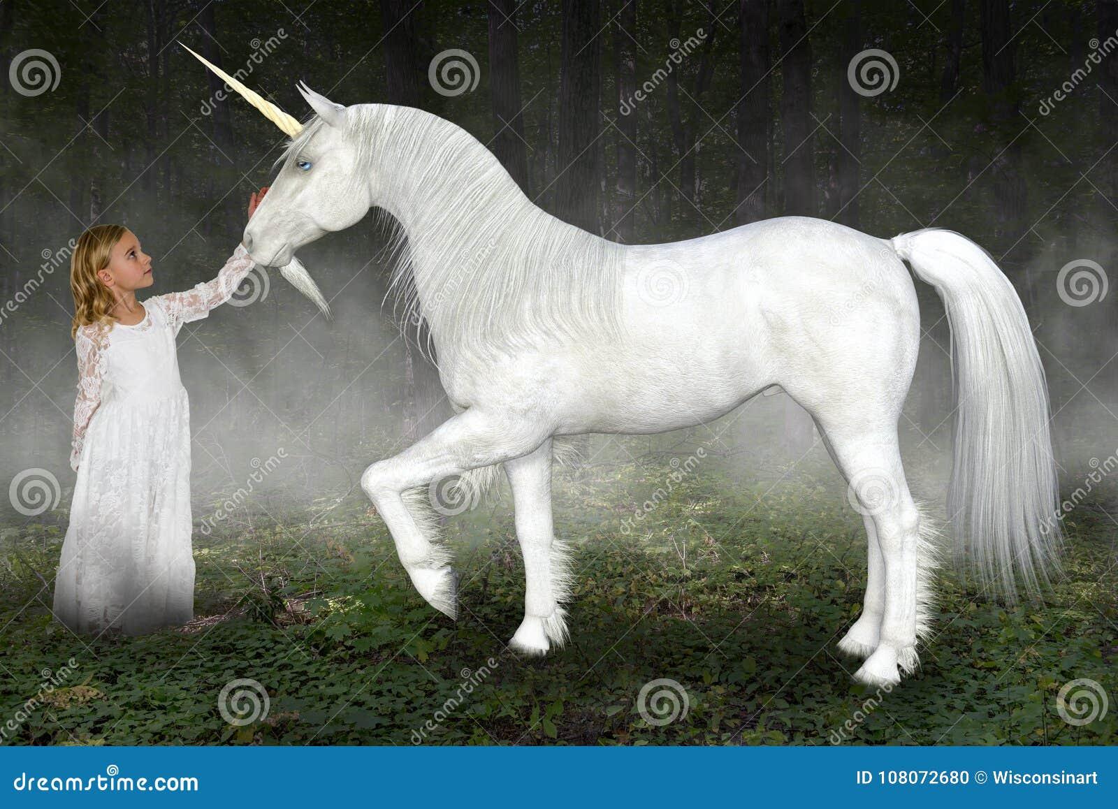 Ung flicka enhörning, natur, hopp, förälskelse, fred