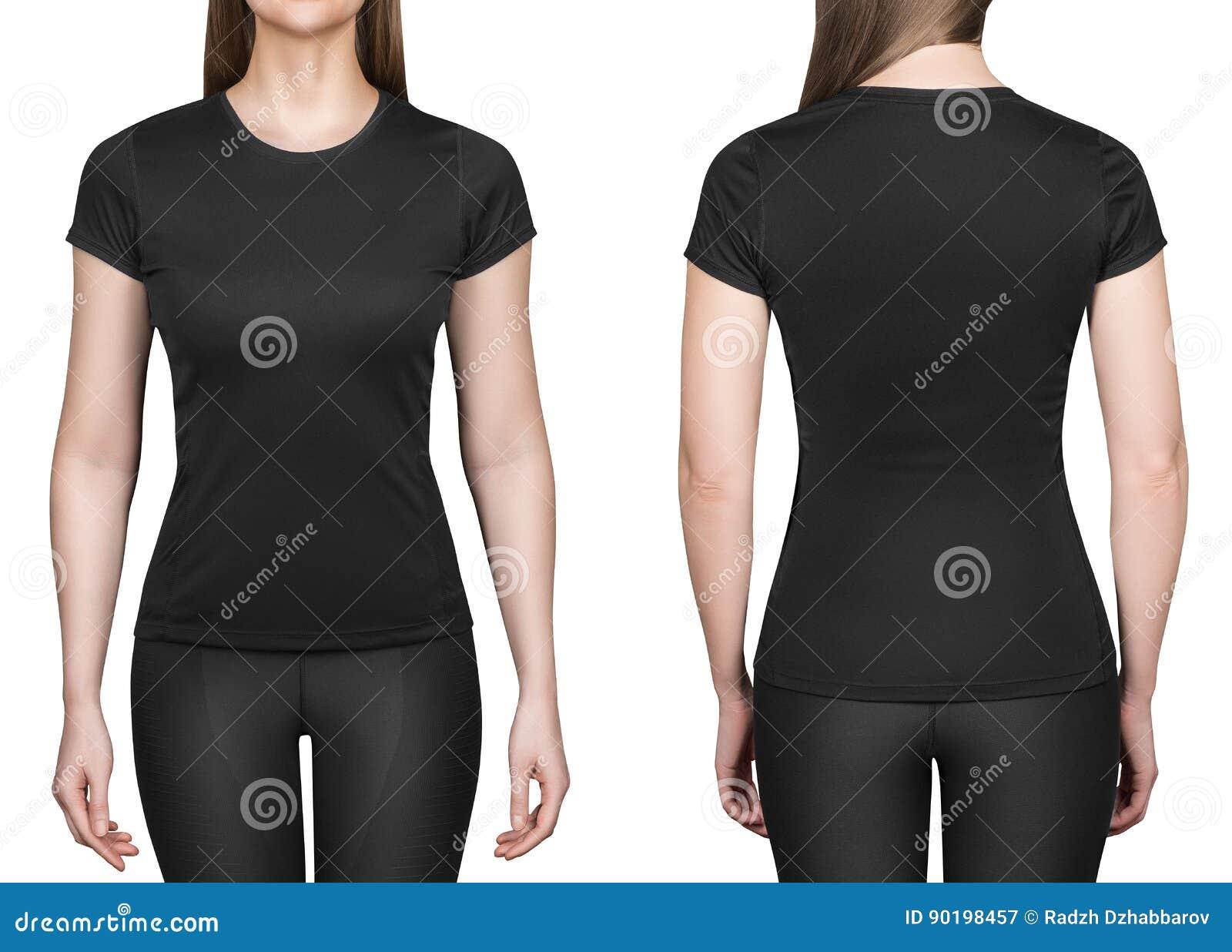 Ung kvinna i svart bakgrund för vit för poloskjorta