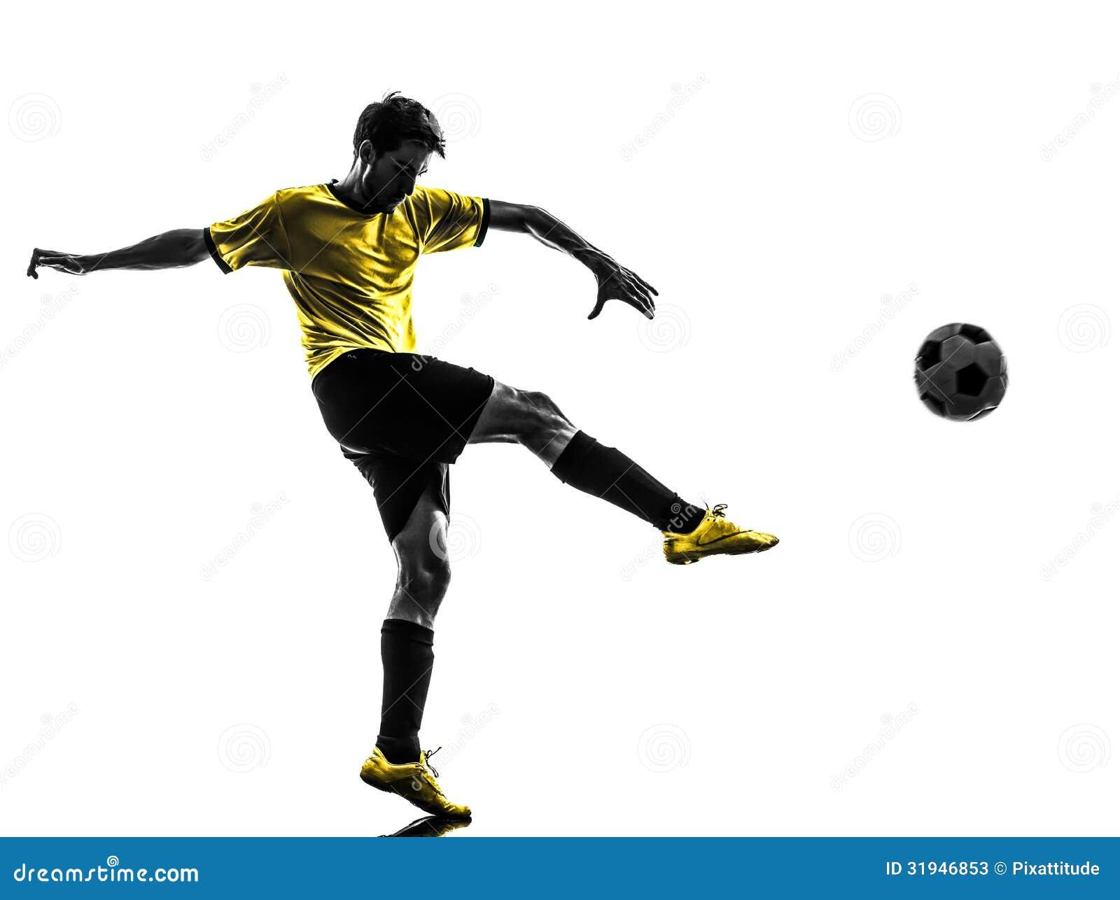 Ung man för brasiliansk fotbollfotbollsspelare som sparkar konturn