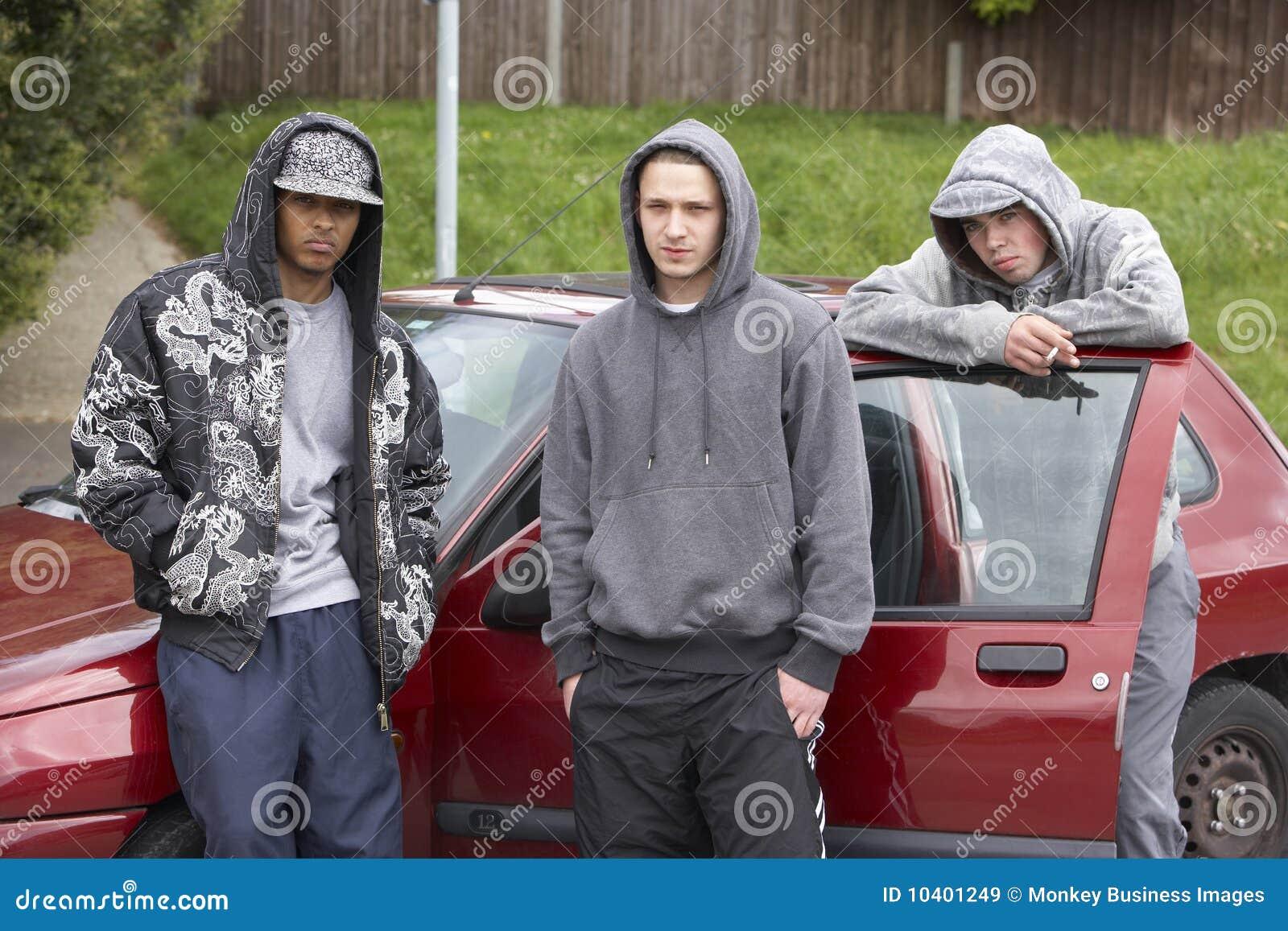 Unga bilgruppmän