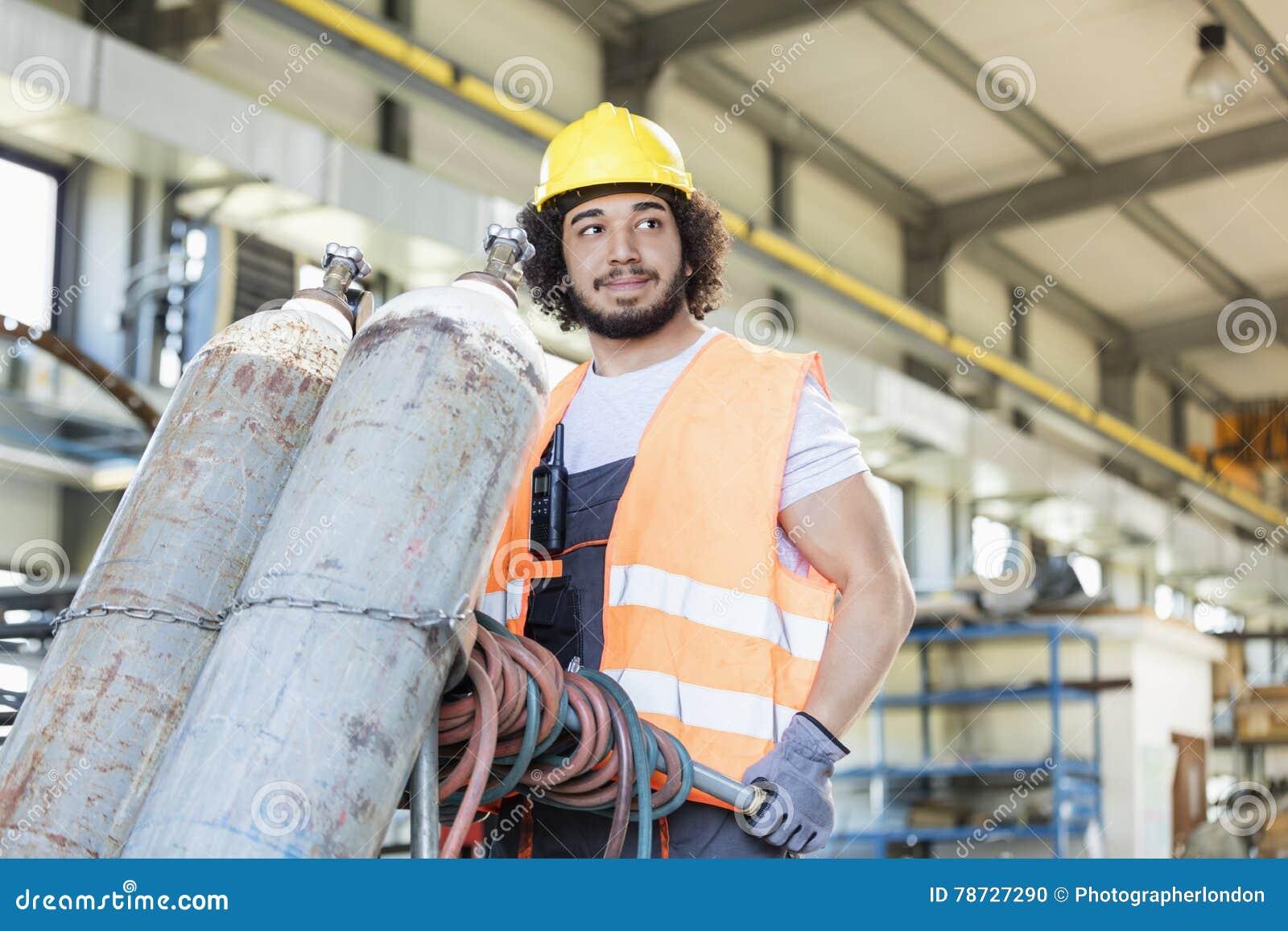 Unga rörande gascylindrar för manuell arbetare i metallbransch
