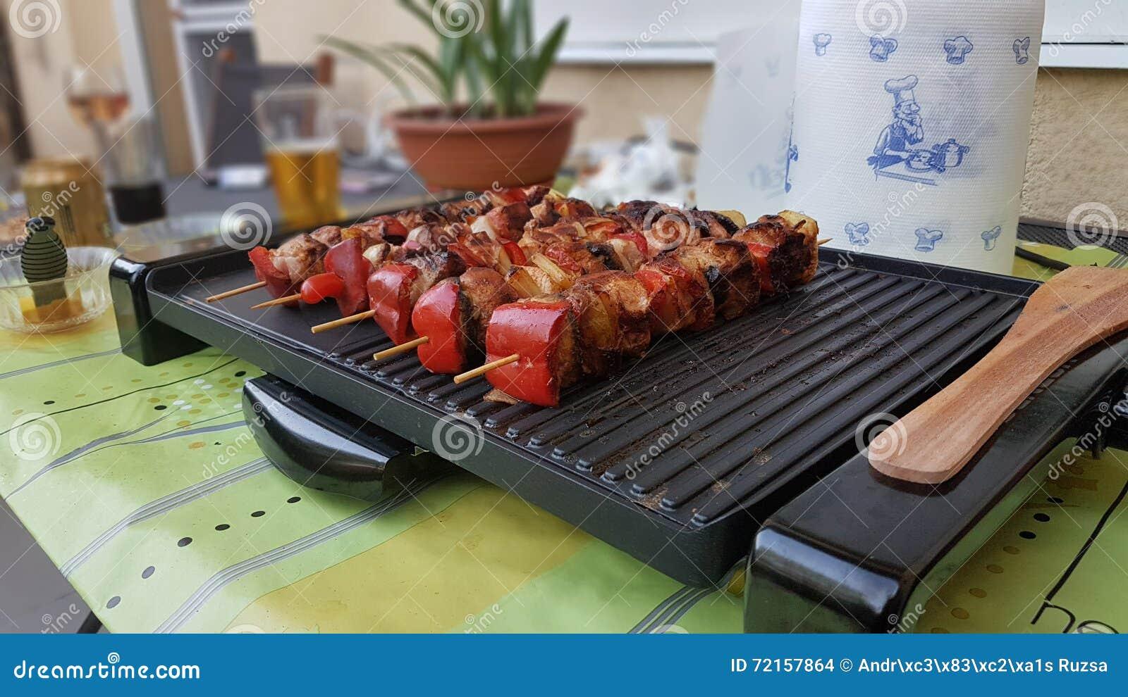 Outdoor Küche Aus Ungarn : Ungarische küche saslik rablà ³ hús stockfoto bild von