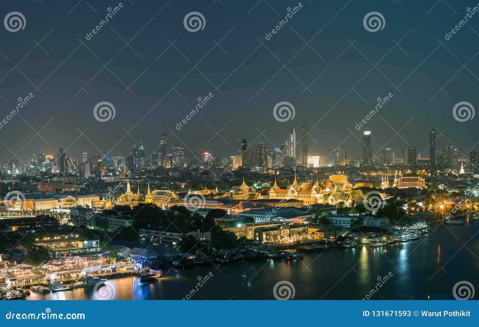 Ungesehene Thailand-nigth Panoramaansicht der großartige Palast