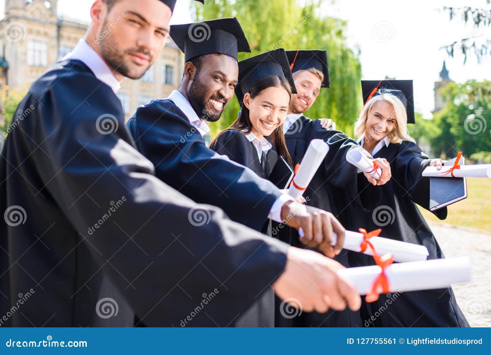 Ungt graderat studentinnehav