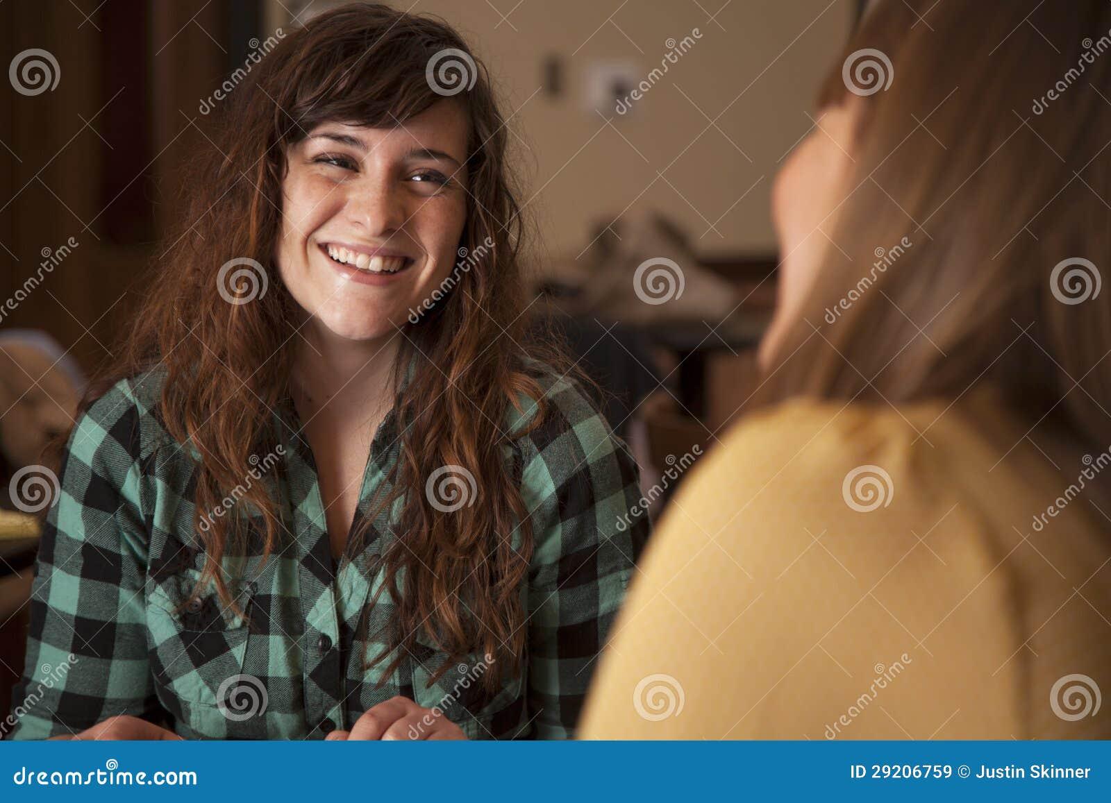 Ungt kvinnasamtal