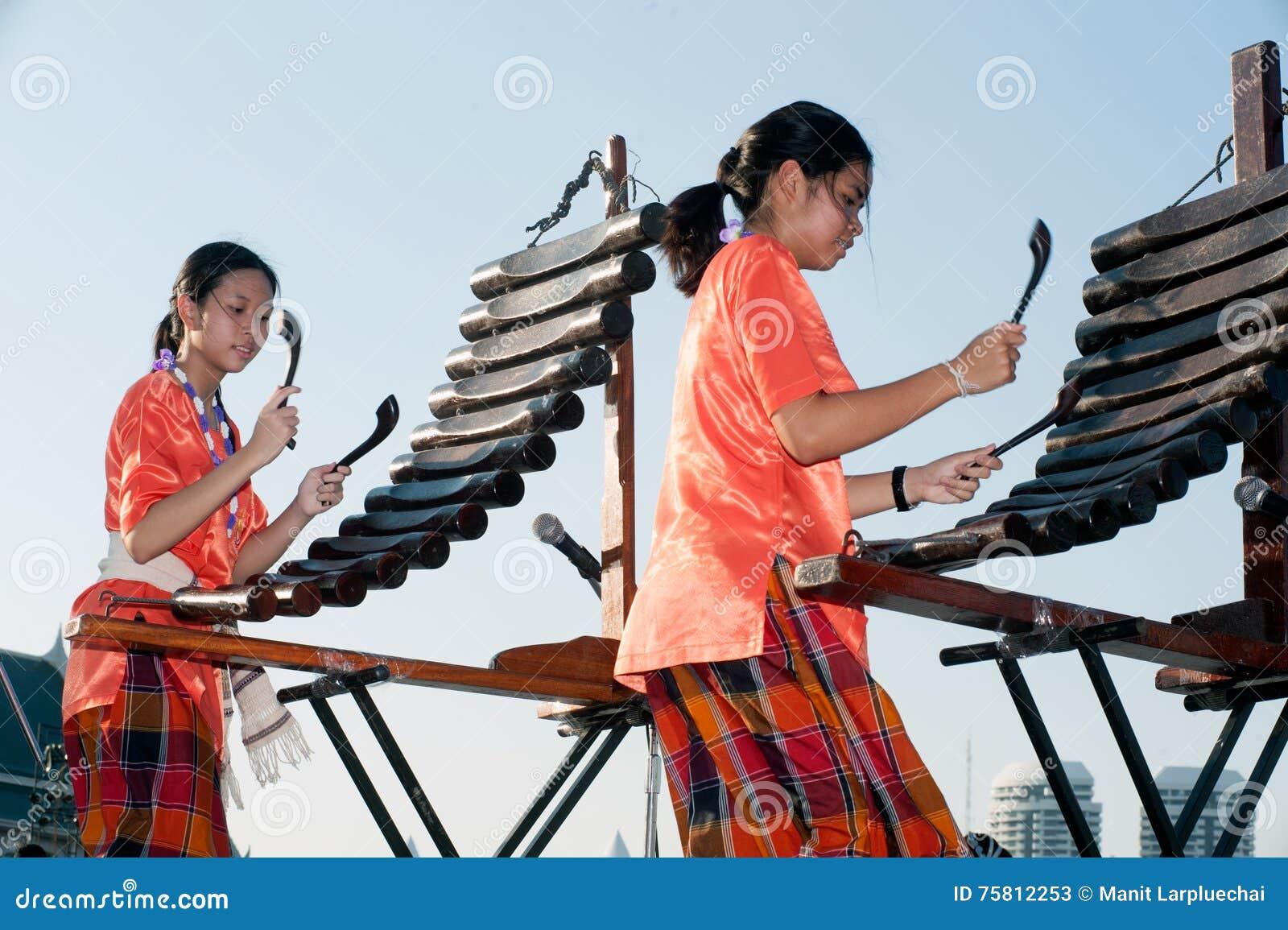 Vietnamese traditional music 1 youtube.