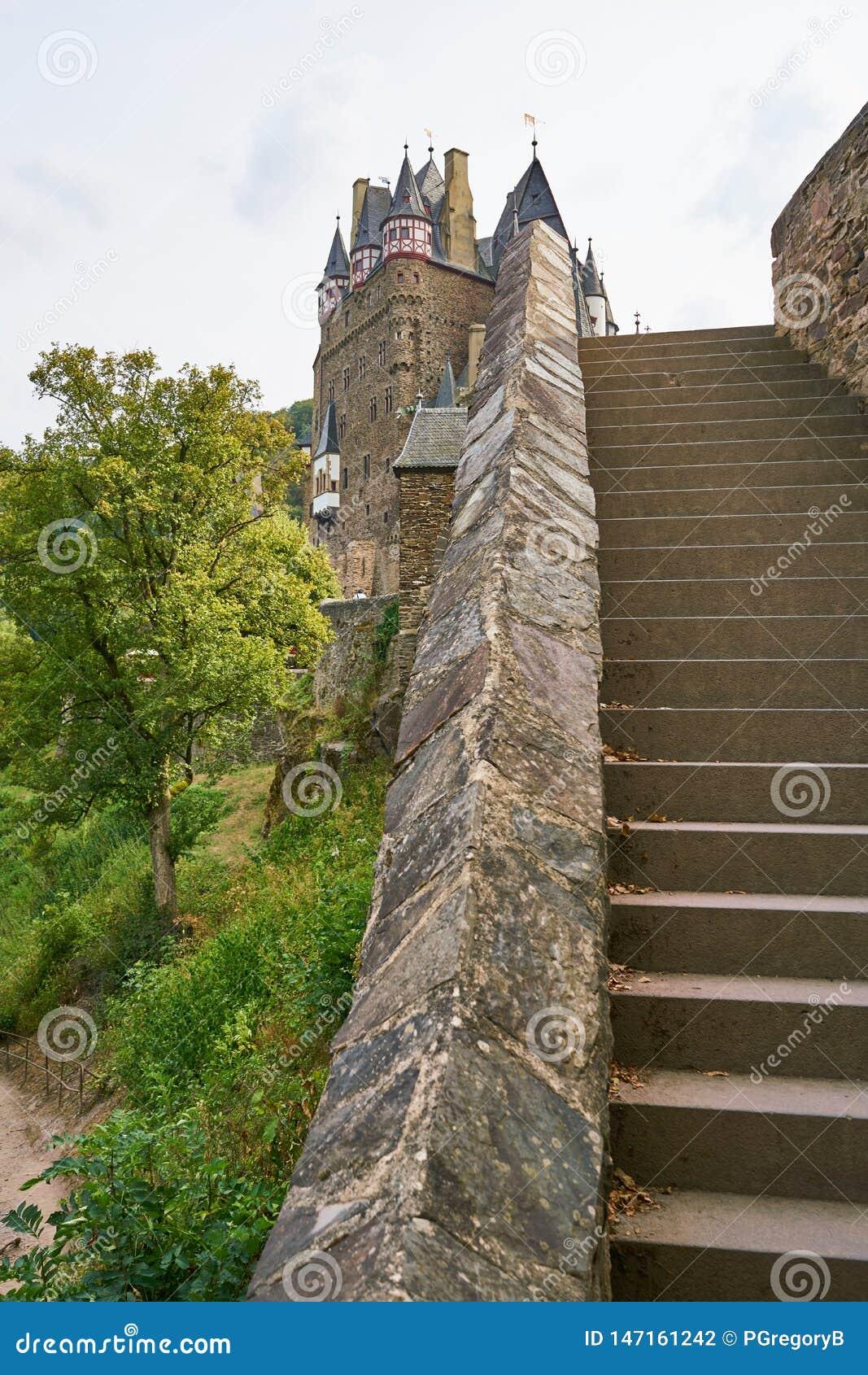Unikalny widok Burg Eltz w Moselle regionie, Niemcy
