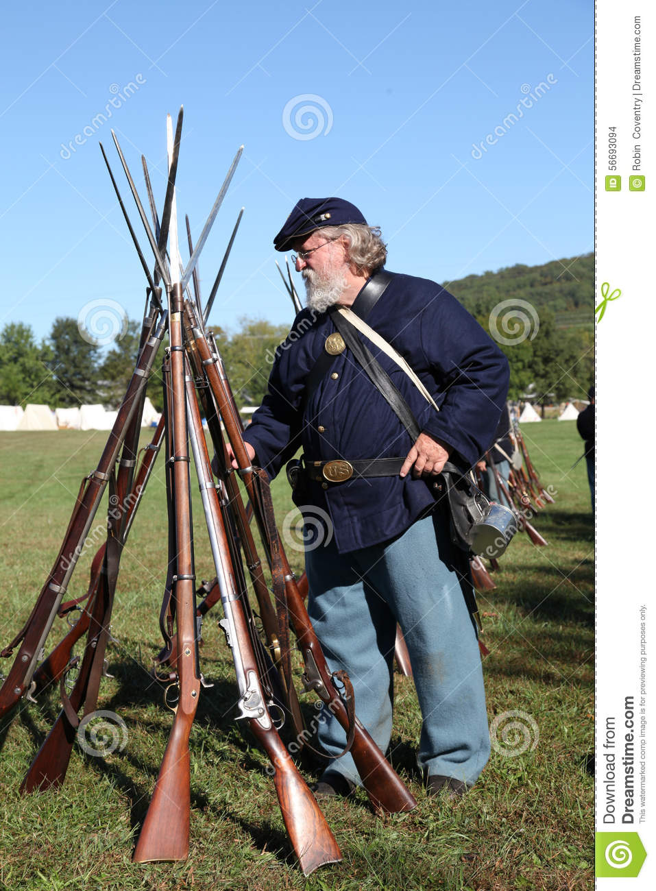 Union Civil War Soldier And Guns Editorial Stock Image