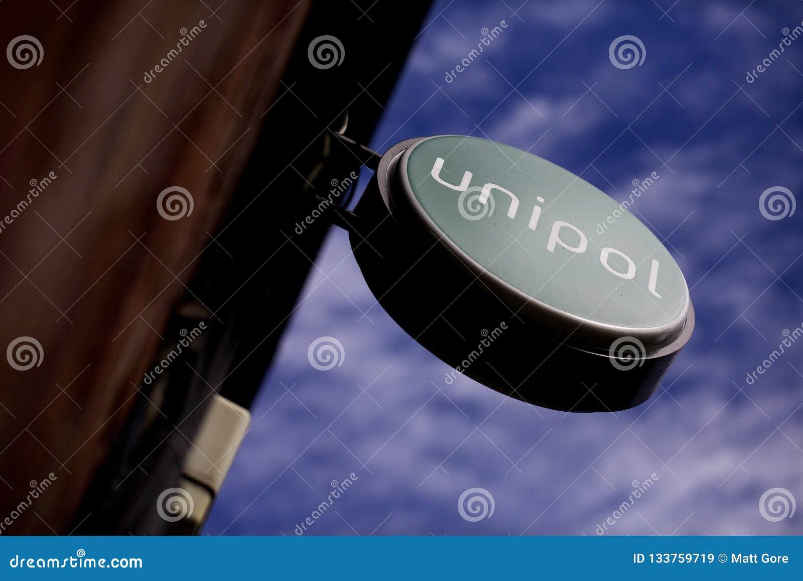 Unipol podpisuje wewnątrz Leeds Centrum Miasta, Yorkshire