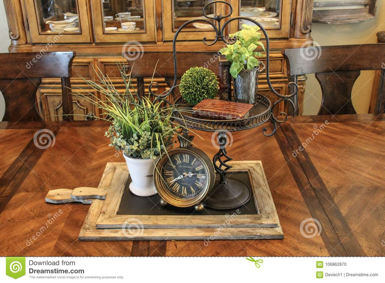 Surprising Unique Table Centerpiece With Clock Editorial Image Image Interior Design Ideas Gentotryabchikinfo