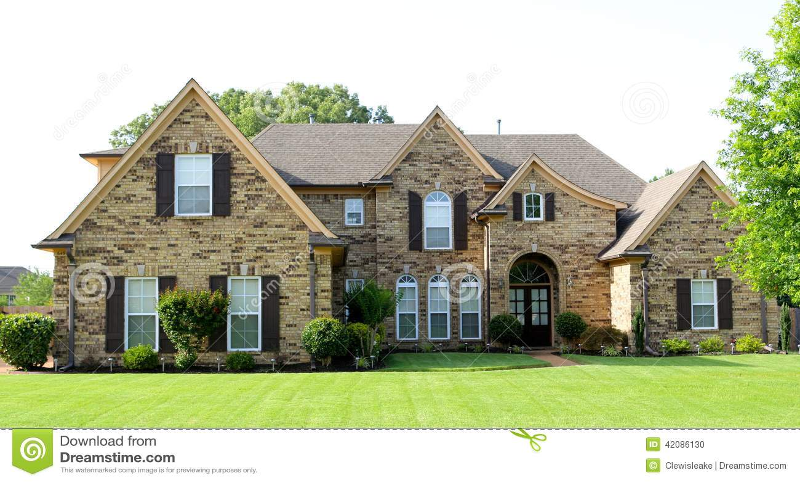 Дизайн домов среднего класса