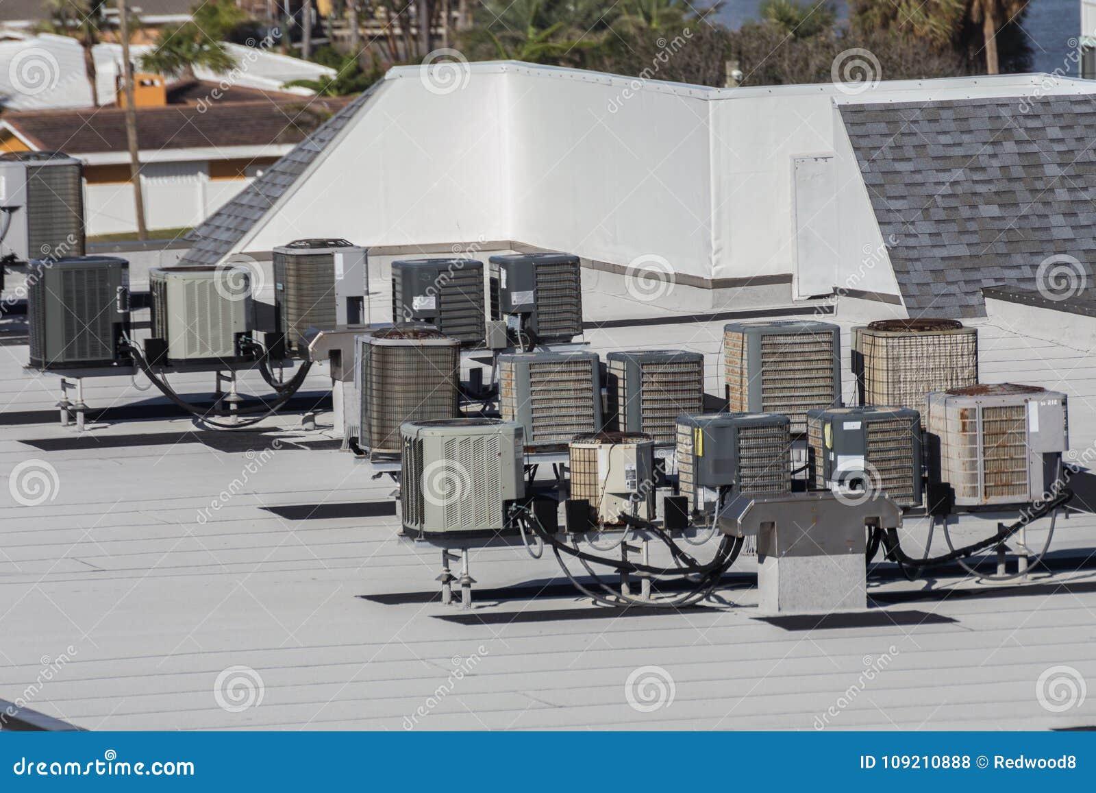 Unità di condizionamento d aria multiple del tetto