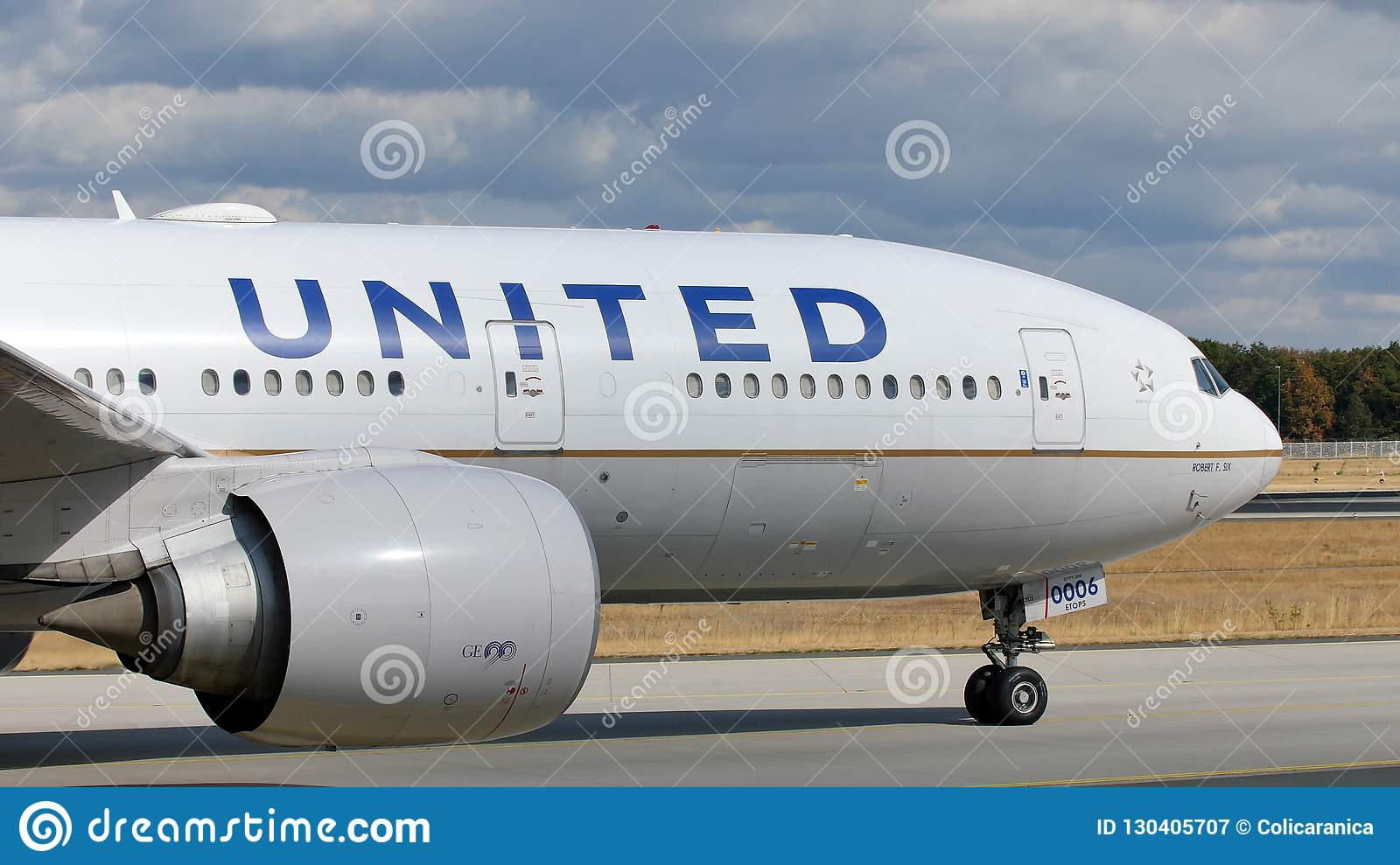 United Airlines Doing Taxi On Munich Airport Muc Close Up View Editorial Photography Image Of Land Runways 130405707