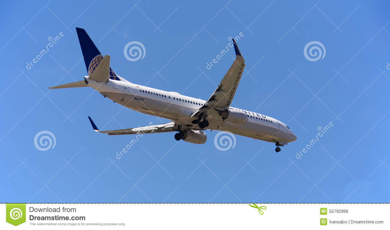 United Airlines Editorial Photo Image 55792966