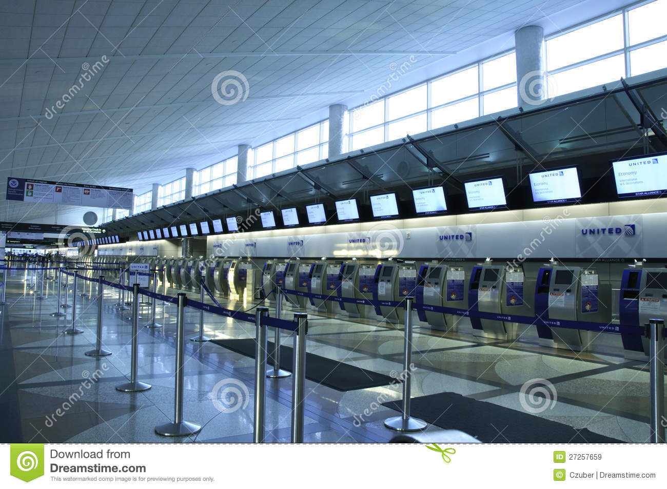 United Airlines Ticket Counter Editorial Stock Image