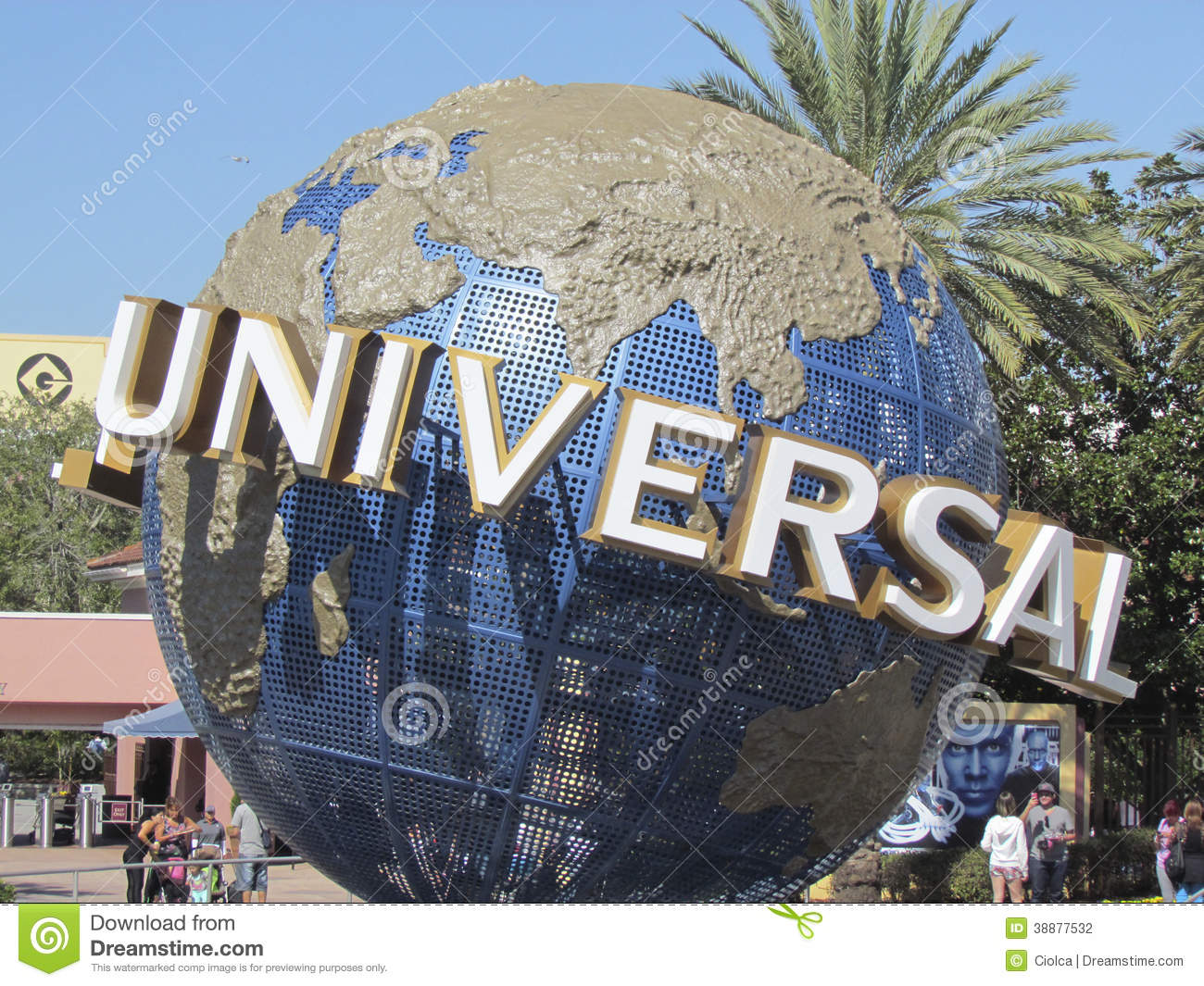 universal theme Each year, walt disney world attracts just shy of 50 million guests throughout its  four theme parks, two waterparks and hotels on its vast, often.