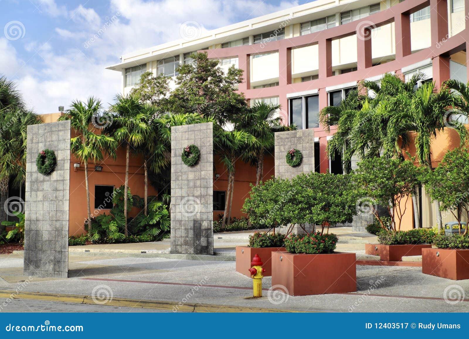 Universidad Miami de Johnson y de País de Gales