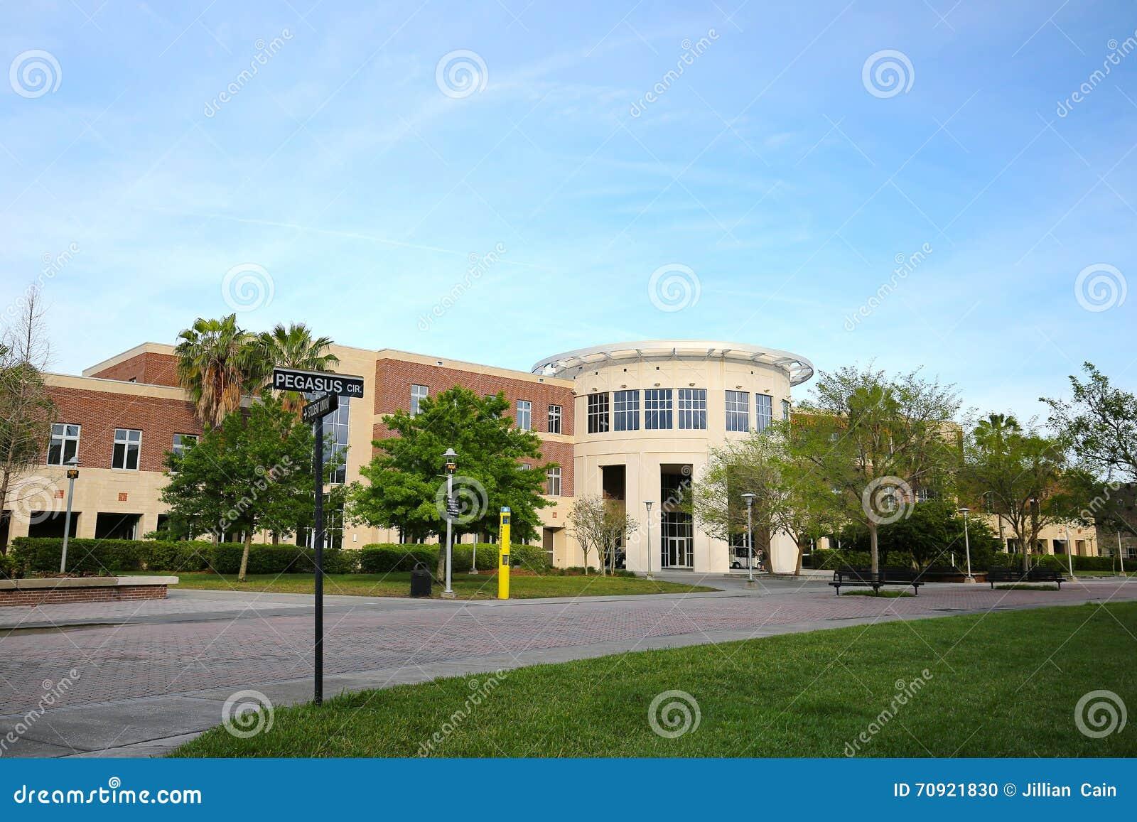 Università di salute di Florida centrale e di costruzione di affari pubblici