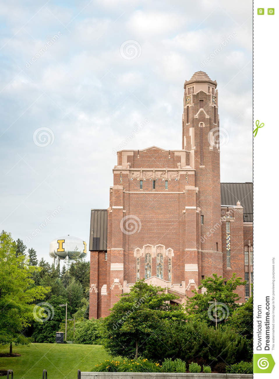 Download University Of Idaho Water Tower And Gymnasium Editorial Image    Image Of Idaho, Plants