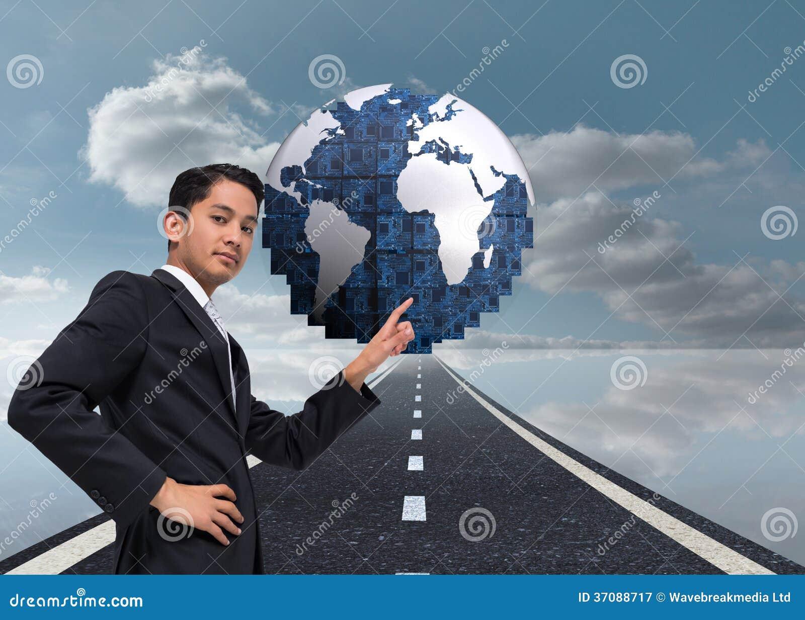 Download Unsmiling Azjatykci Biznesmena Wskazywać Obraz Stock - Obraz złożonej z pogodny, kierunek: 37088717