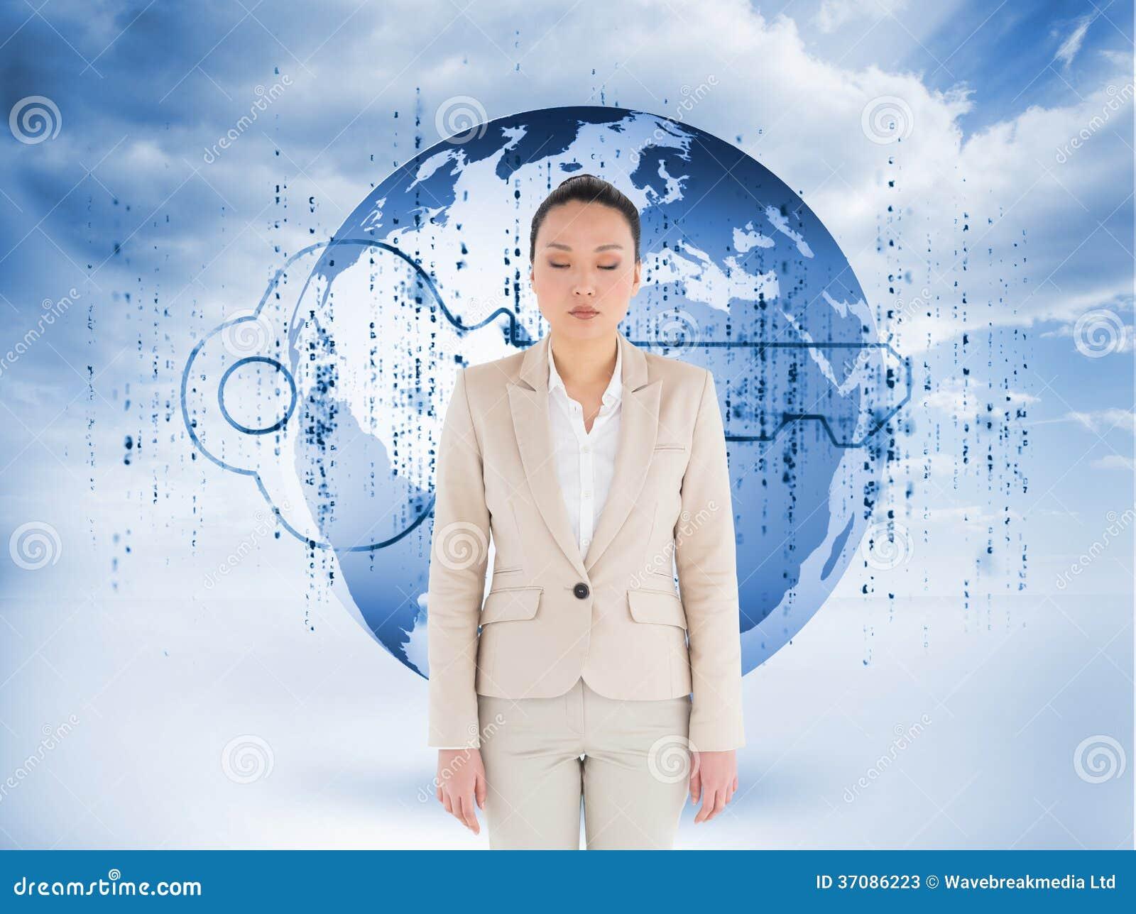 Download Unsmiling Azjatykci Bizneswoman Obraz Stock - Obraz złożonej z szeroki, digitise: 37086223