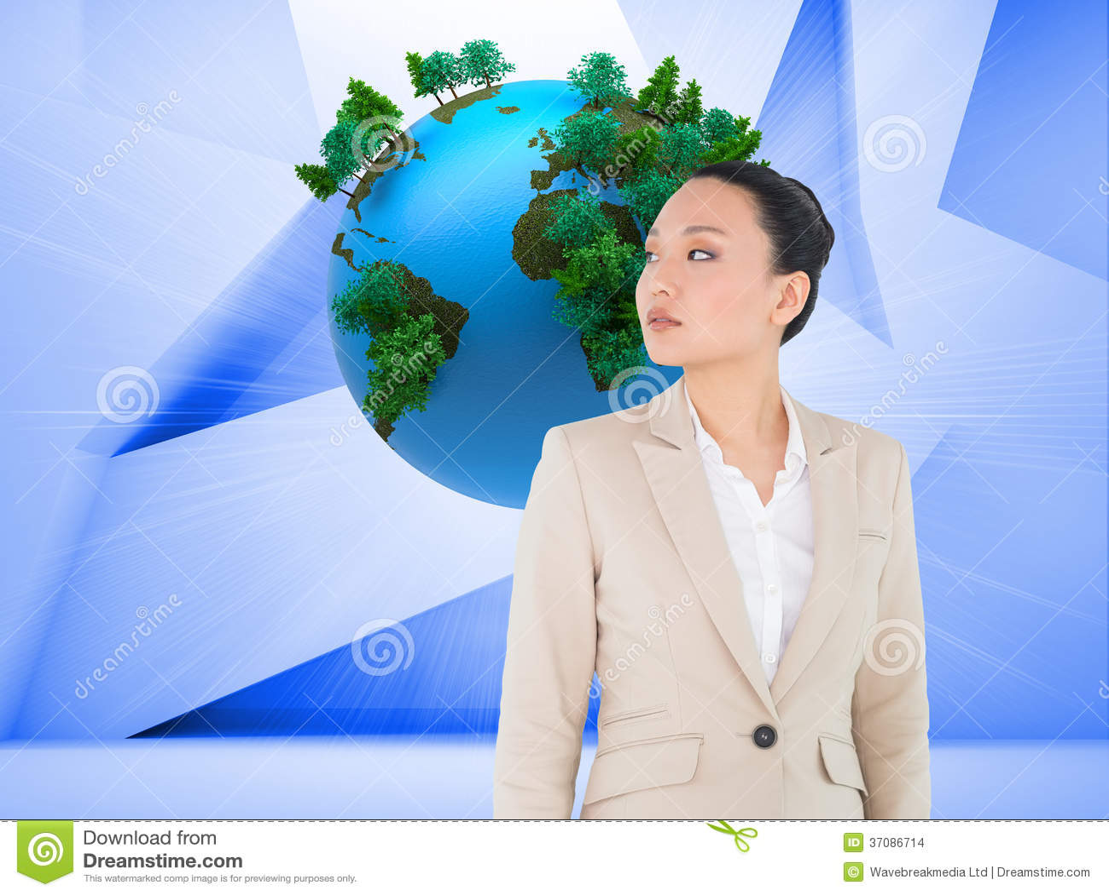 Download Unsmiling Azjatykci Bizneswoman Zdjęcie Stock - Obraz złożonej z sfera, komputer: 37086714