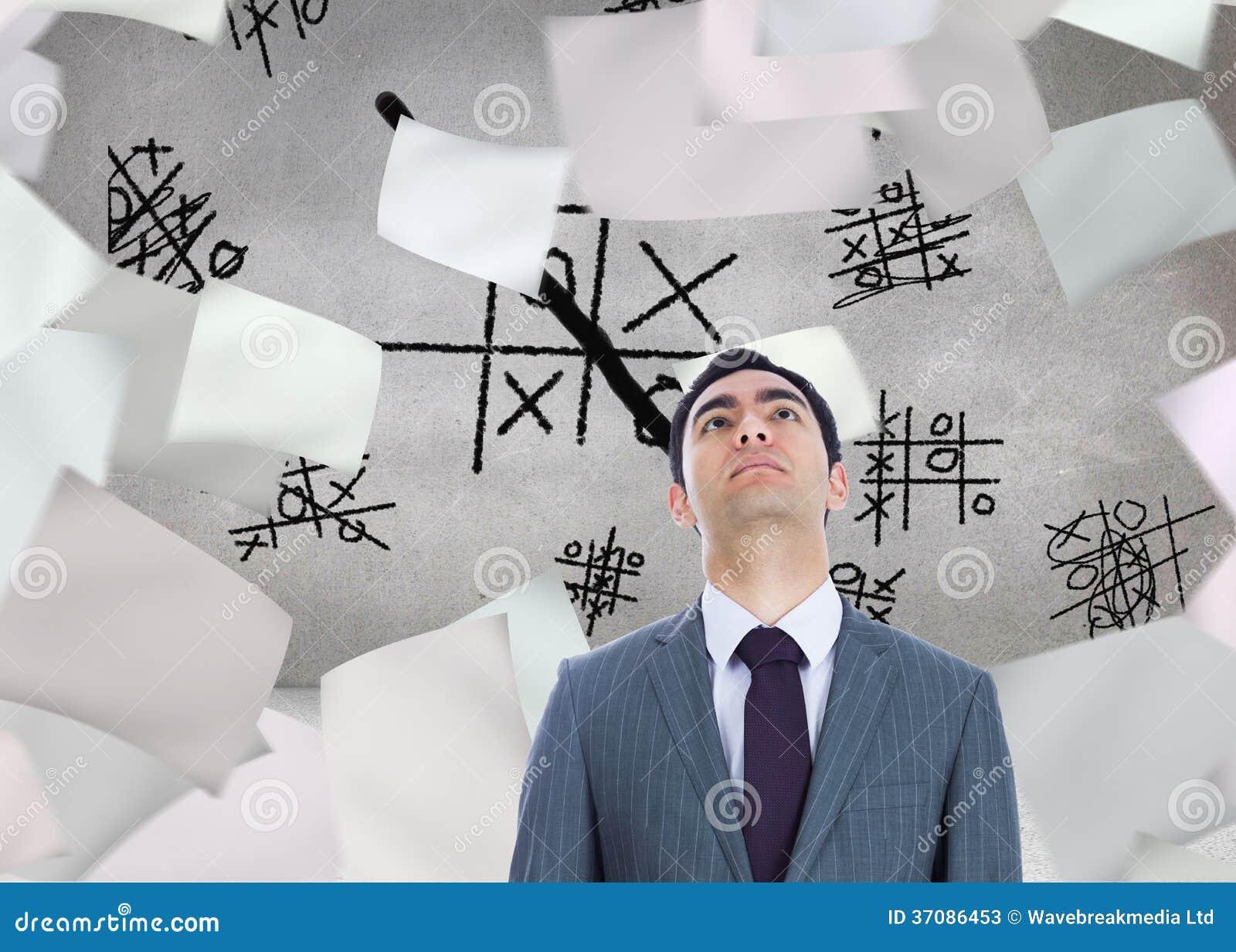 Download Unsmiling Biznesmen Pozycja Obraz Stock - Obraz złożonej z okrąg, skrót: 37086453