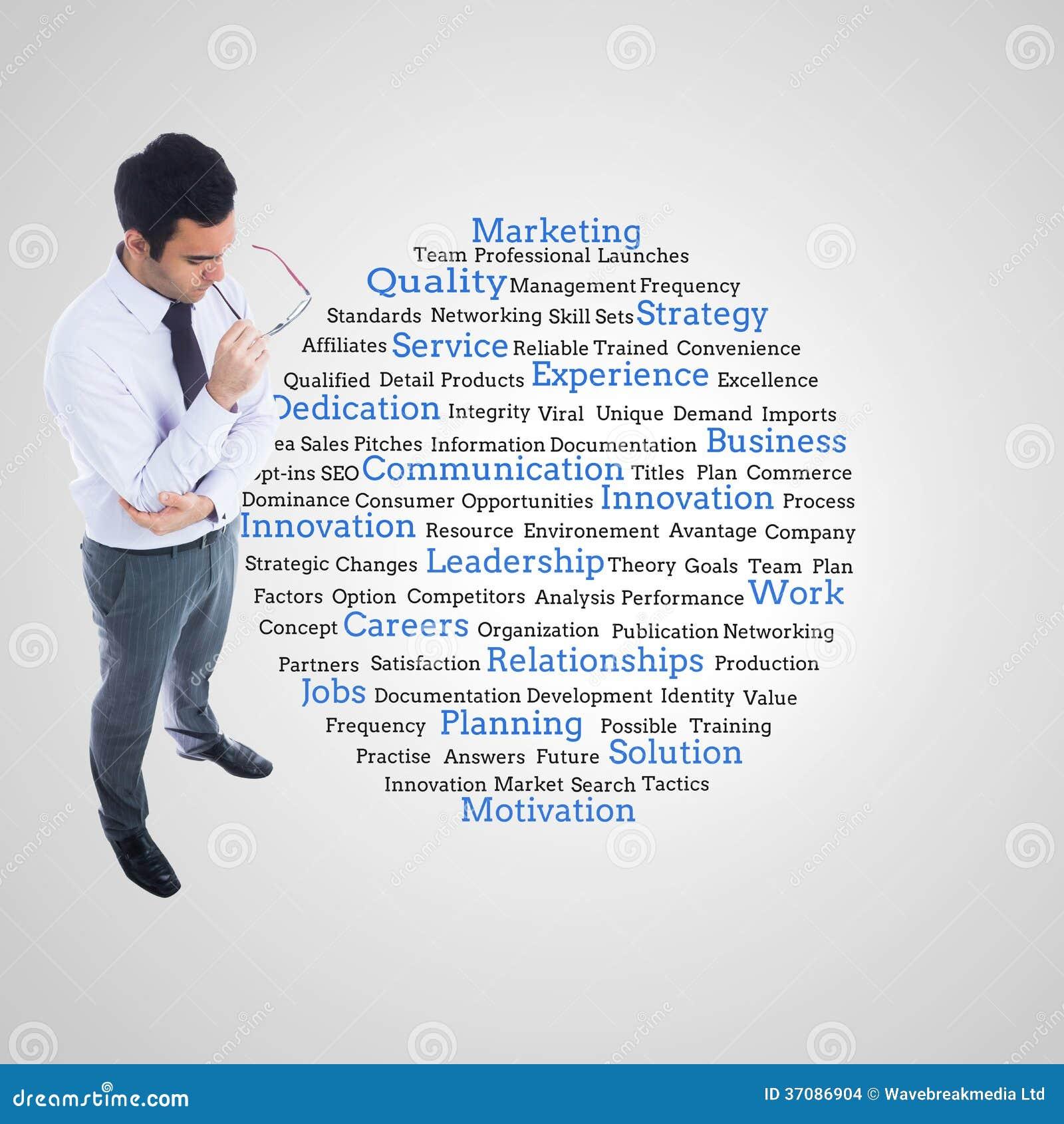 Download Unsmiling Biznesmen Trzyma Szkła Zdjęcie Stock - Obraz złożonej z digitise, jeden: 37086904