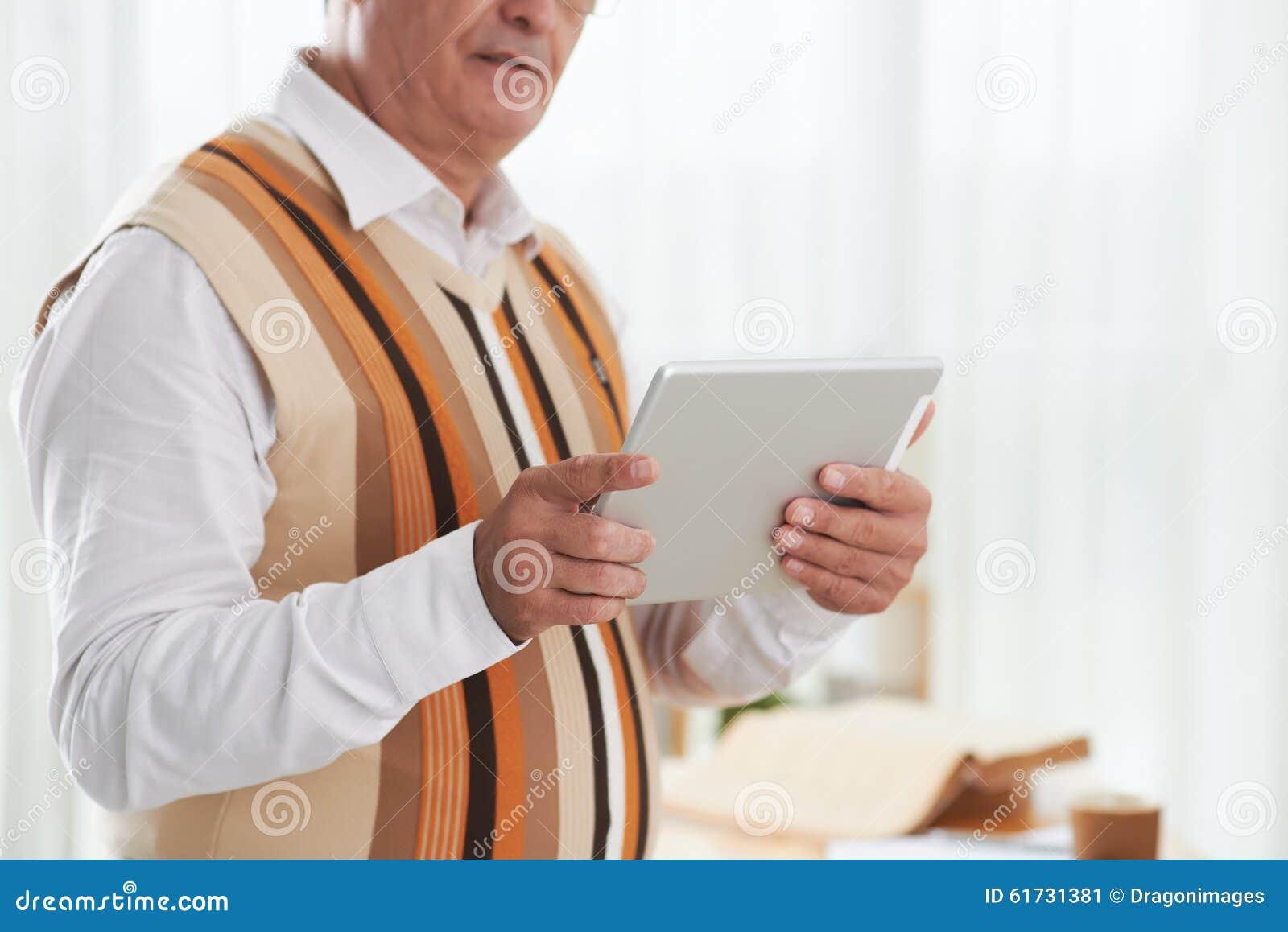 Unter Verwendung der Tablette