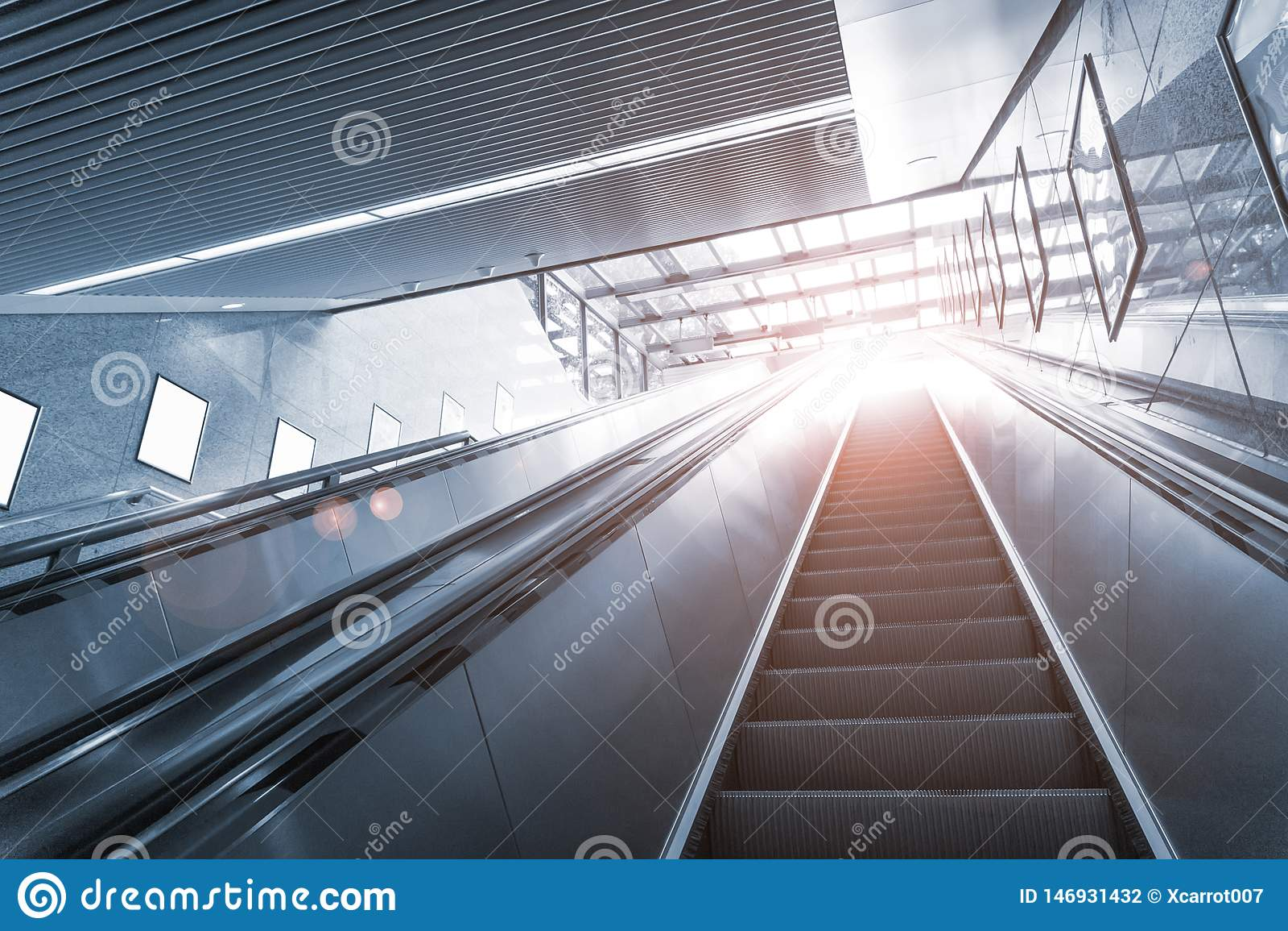 Untergrundbahn-Tunnel NYC